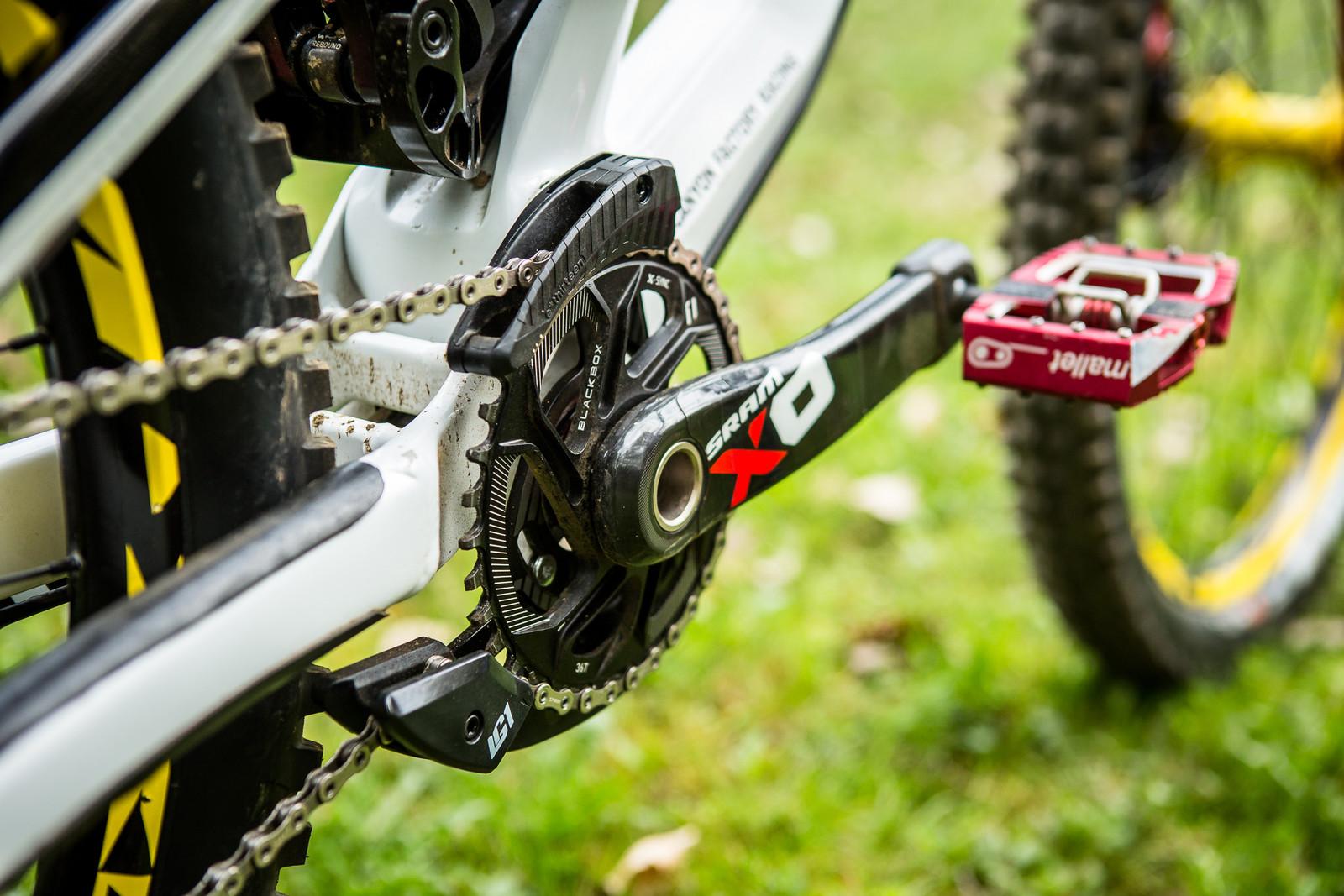SRAM X01 DH Drivetrain with e*thirteen LG1 Chainguide - Pro Bike Check: Troy Brosnan's Canyon Sender - Mountain Biking Pictures - Vital MTB