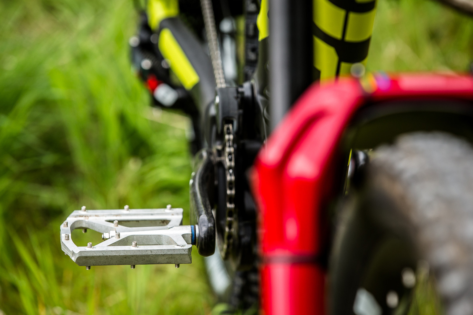 HT Flat Pedals - Connor Fearon's Kona Supreme Operator for Fort William - Mountain Biking Pictures - Vital MTB