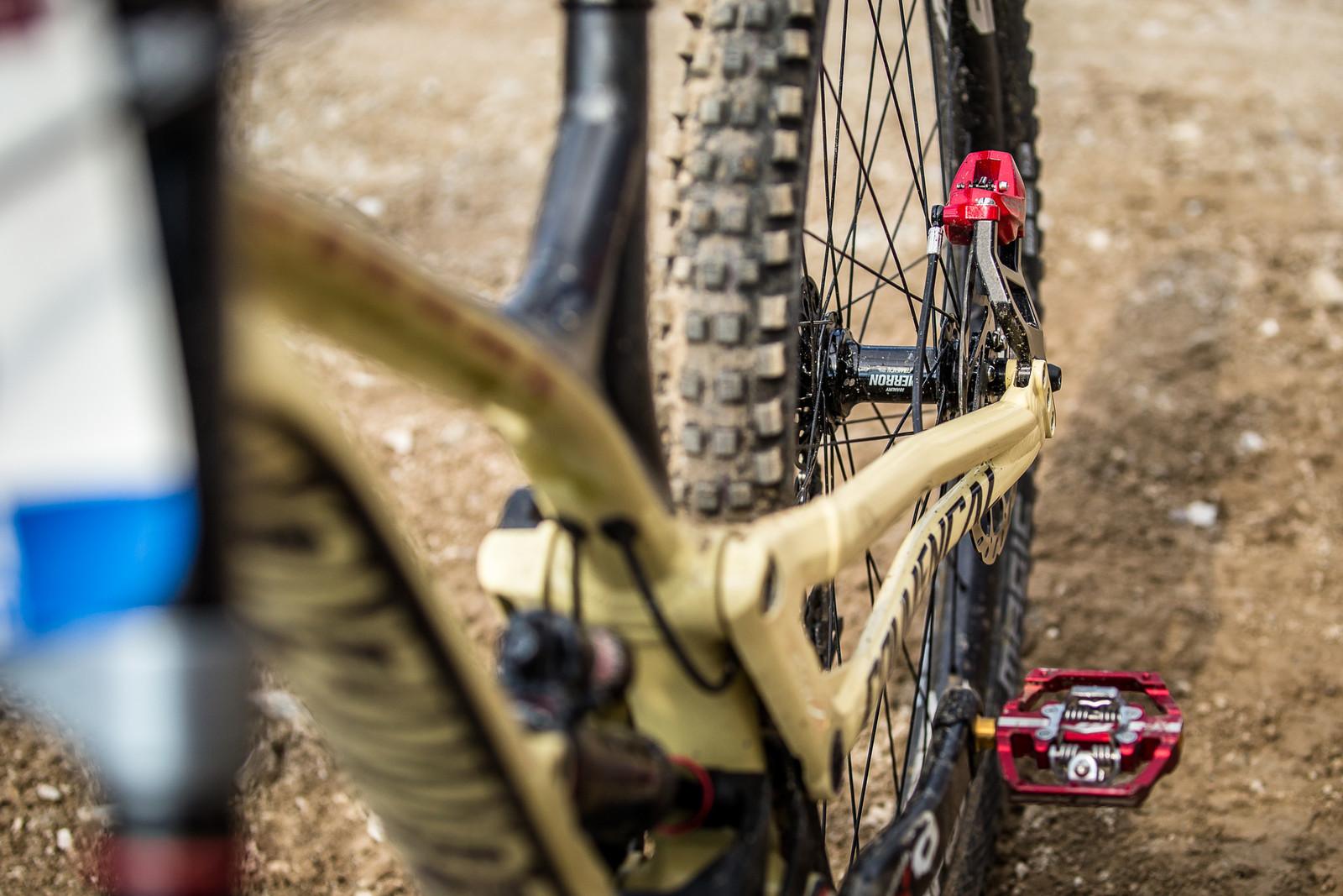 Look at that brake adaptor! - WINNING BIKE - Amaury Pierron's Commencal Supreme DH 29 - Mountain Biking Pictures - Vital MTB