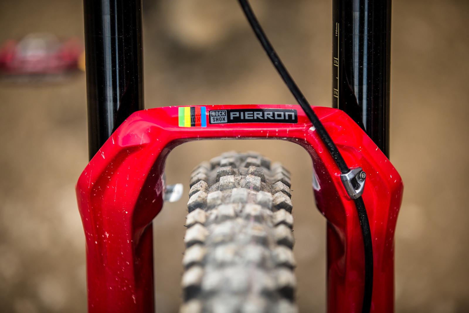 RockShox BoXXer - WINNING BIKE - Amaury Pierron's Commencal Supreme DH 29 - Mountain Biking Pictures - Vital MTB