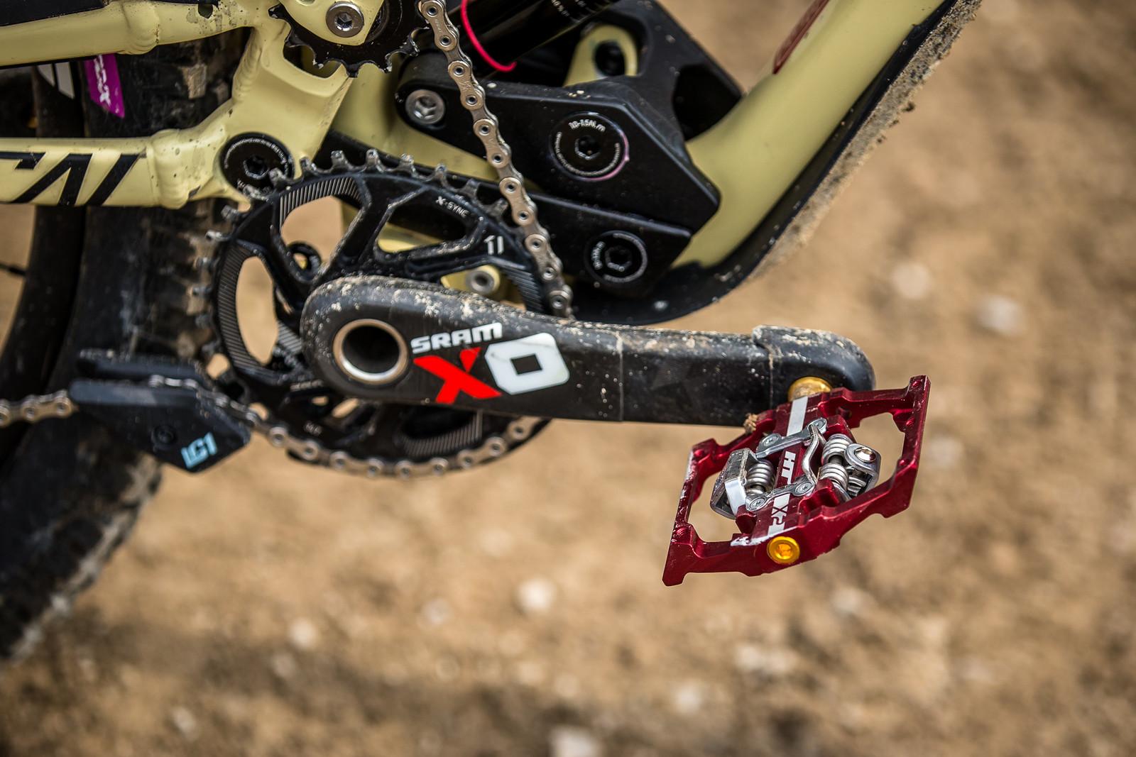 HT X2 Pedals - WINNING BIKE - Amaury Pierron's Commencal Supreme DH 29 - Mountain Biking Pictures - Vital MTB