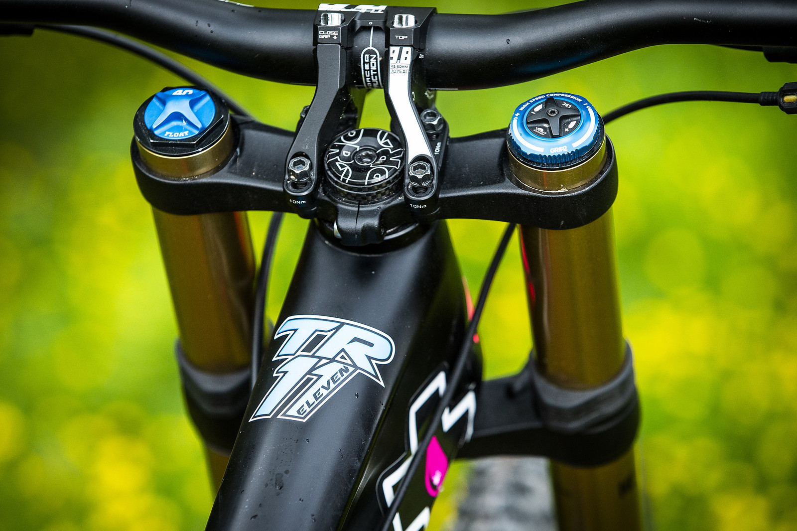 PRO Direct Mount Stem - WINNING BIKE - Tahnee Seagrave's Transition TR11 - Mountain Biking Pictures - Vital MTB