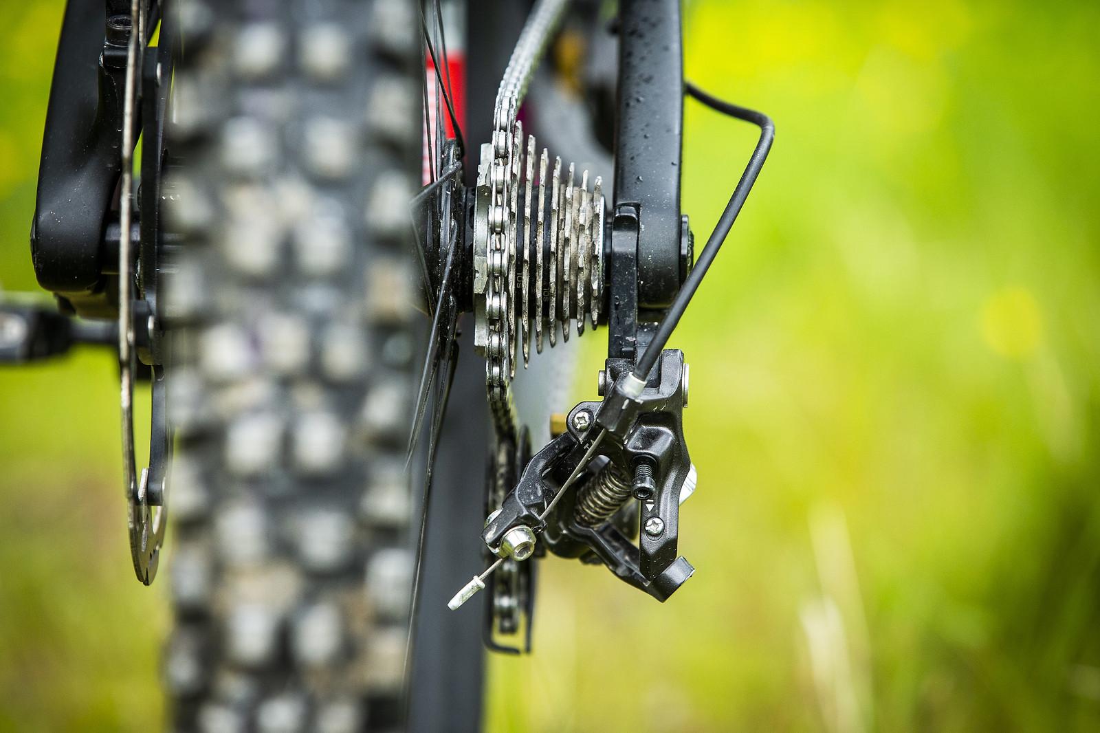 Shimano Road Cluster - WINNING BIKE - Tahnee Seagrave's Transition TR11 - Mountain Biking Pictures - Vital MTB