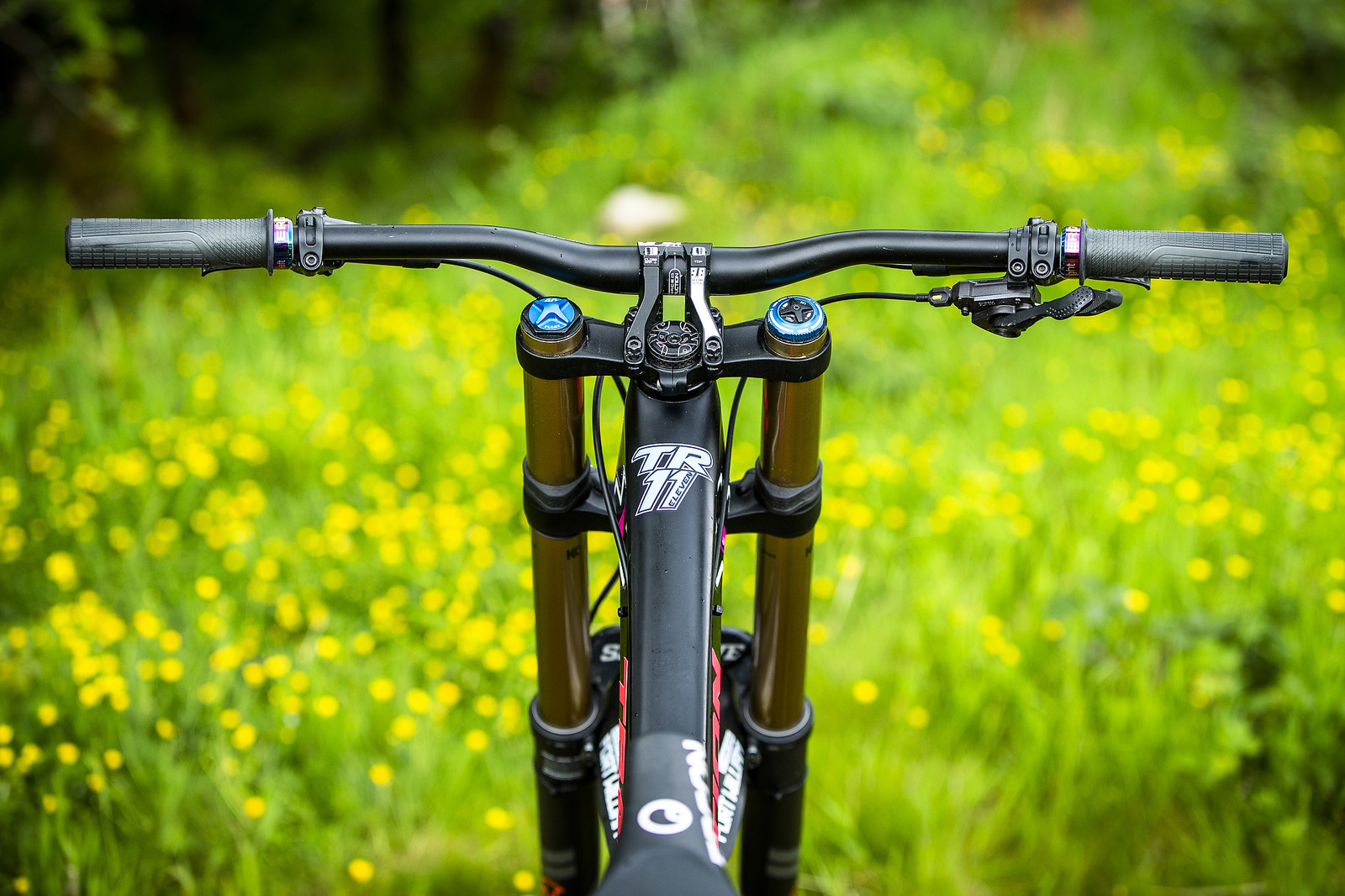 Fast Standing Still - WINNING BIKE - Tahnee Seagrave's Transition TR11 - Mountain Biking Pictures - Vital MTB