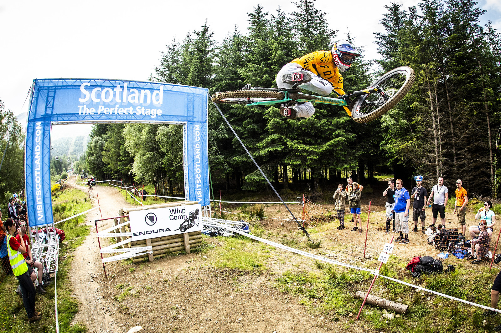 Finn - Fort William World Cup DH Whips - Mountain Biking Pictures - Vital MTB