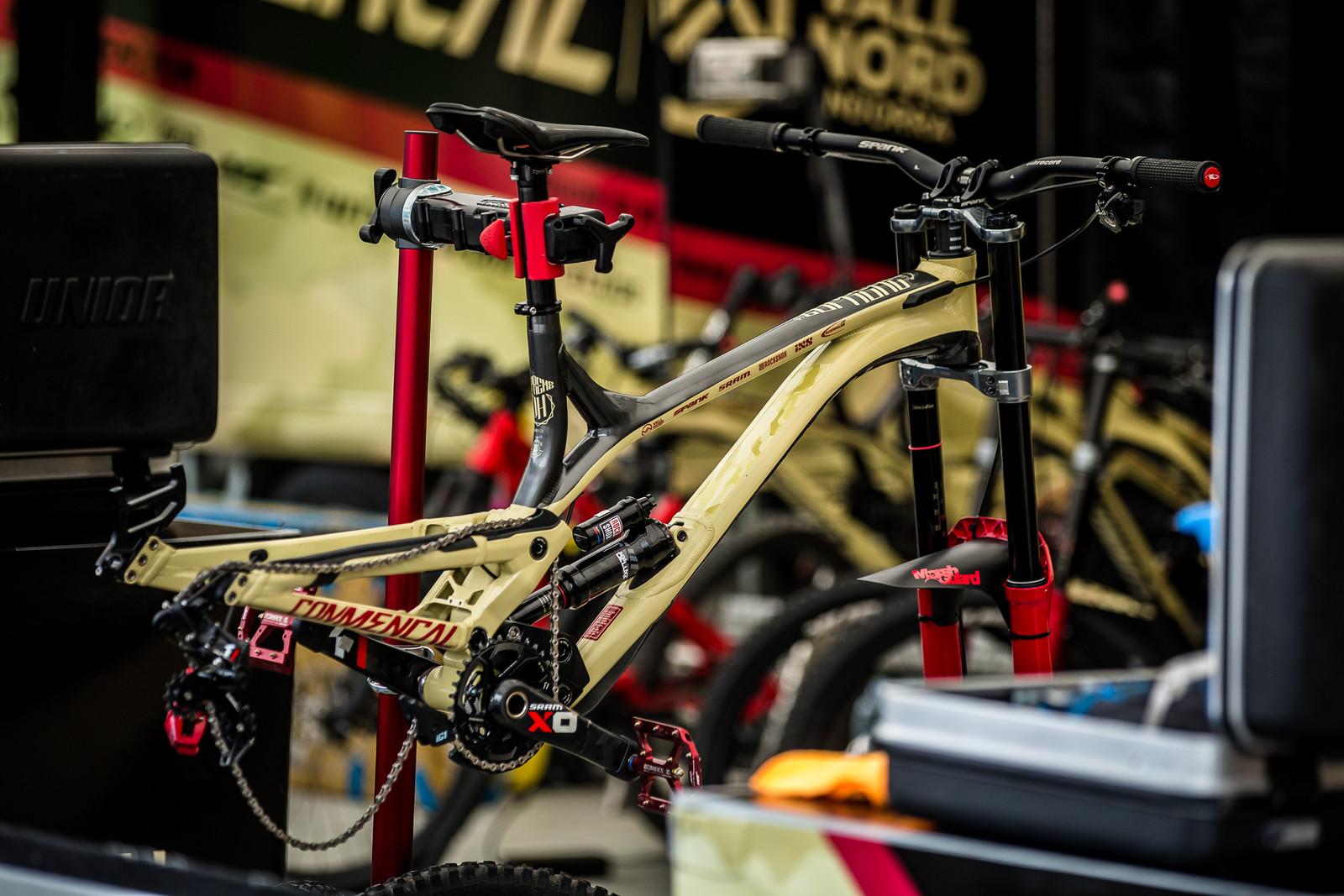 Last Week's Winning Bike - PIT BITS - Leogang World Cup Downhill - Mountain Biking Pictures - Vital MTB