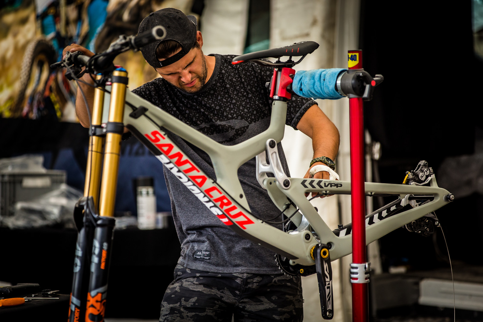 Syndicate Pits - PIT BITS - Leogang World Cup Downhill - Mountain Biking Pictures - Vital MTB