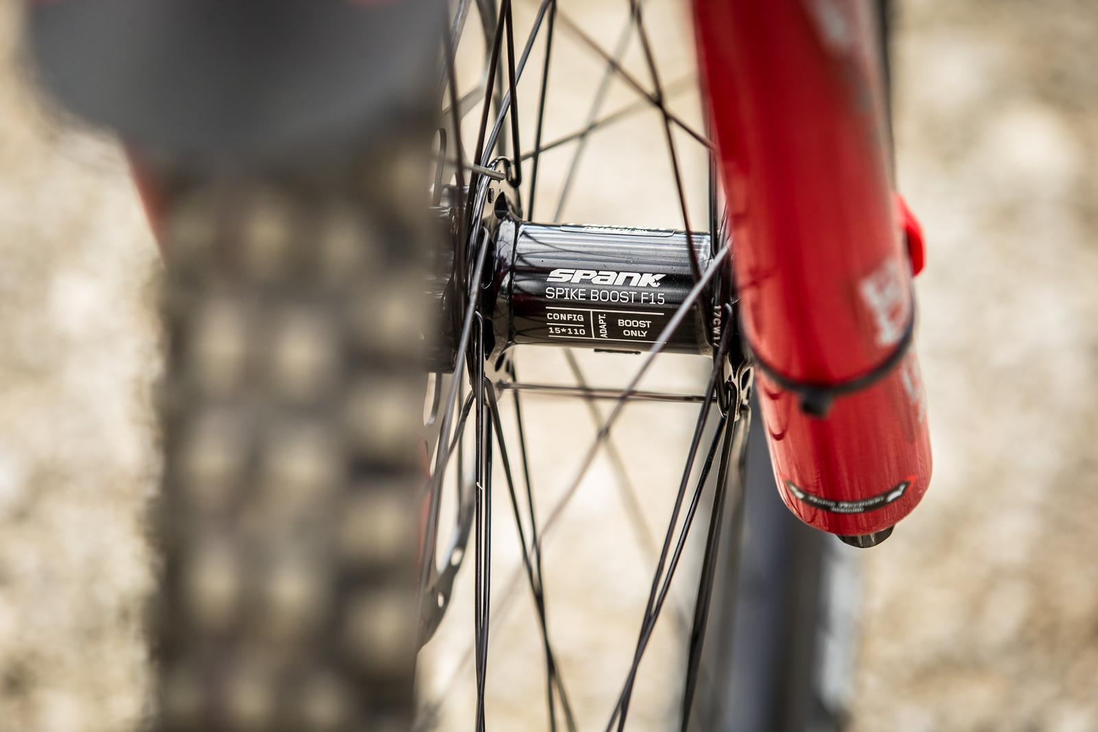 Spank Wheels - WINNING BIKE - Amaury Pierron's Commencal Supreme DH 29 - Mountain Biking Pictures - Vital MTB