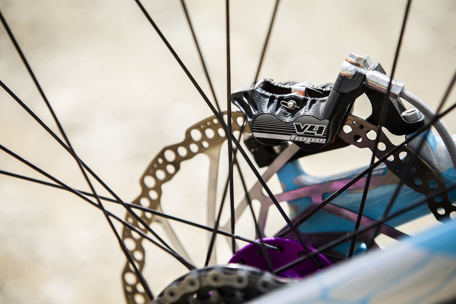 Hope Tech 3 V4 Brakes - WINNING BIKE - Rachel Atherton's Trek Session - Mountain Biking Pictures - Vital MTB