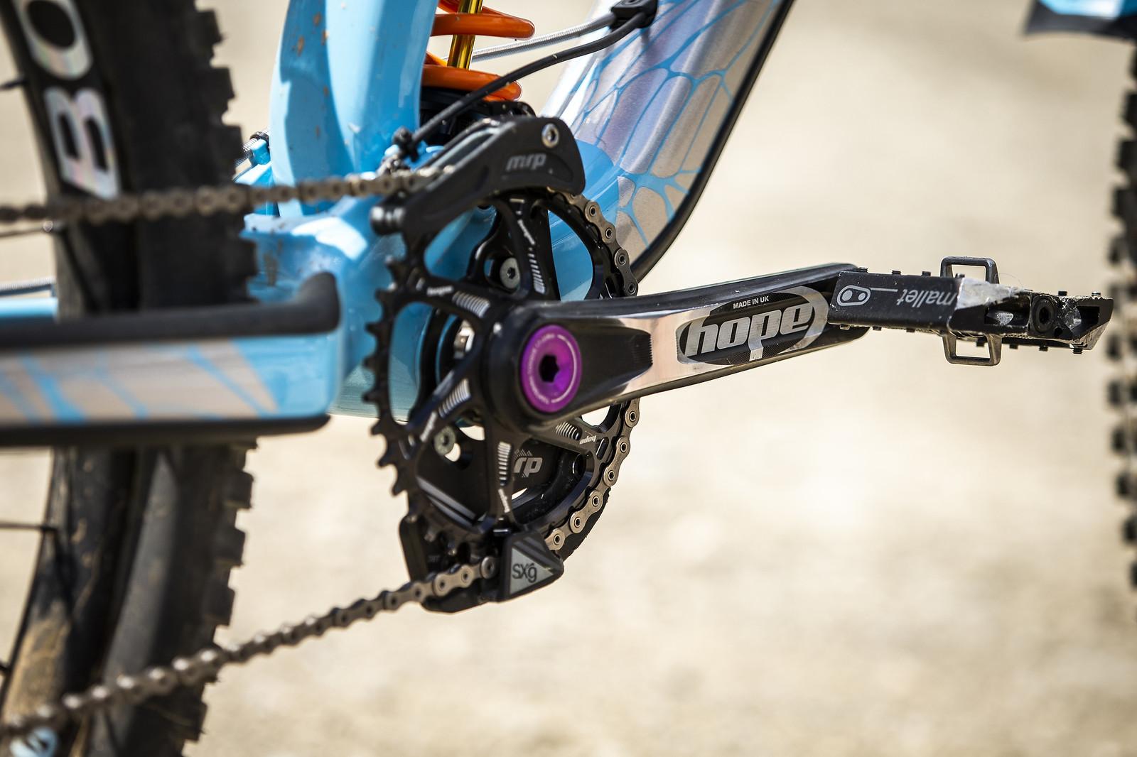 Hope Cranks and Chainring with MRP Chainguide - WINNING BIKE - Rachel Atherton's Trek Session - Mountain Biking Pictures - Vital MTB