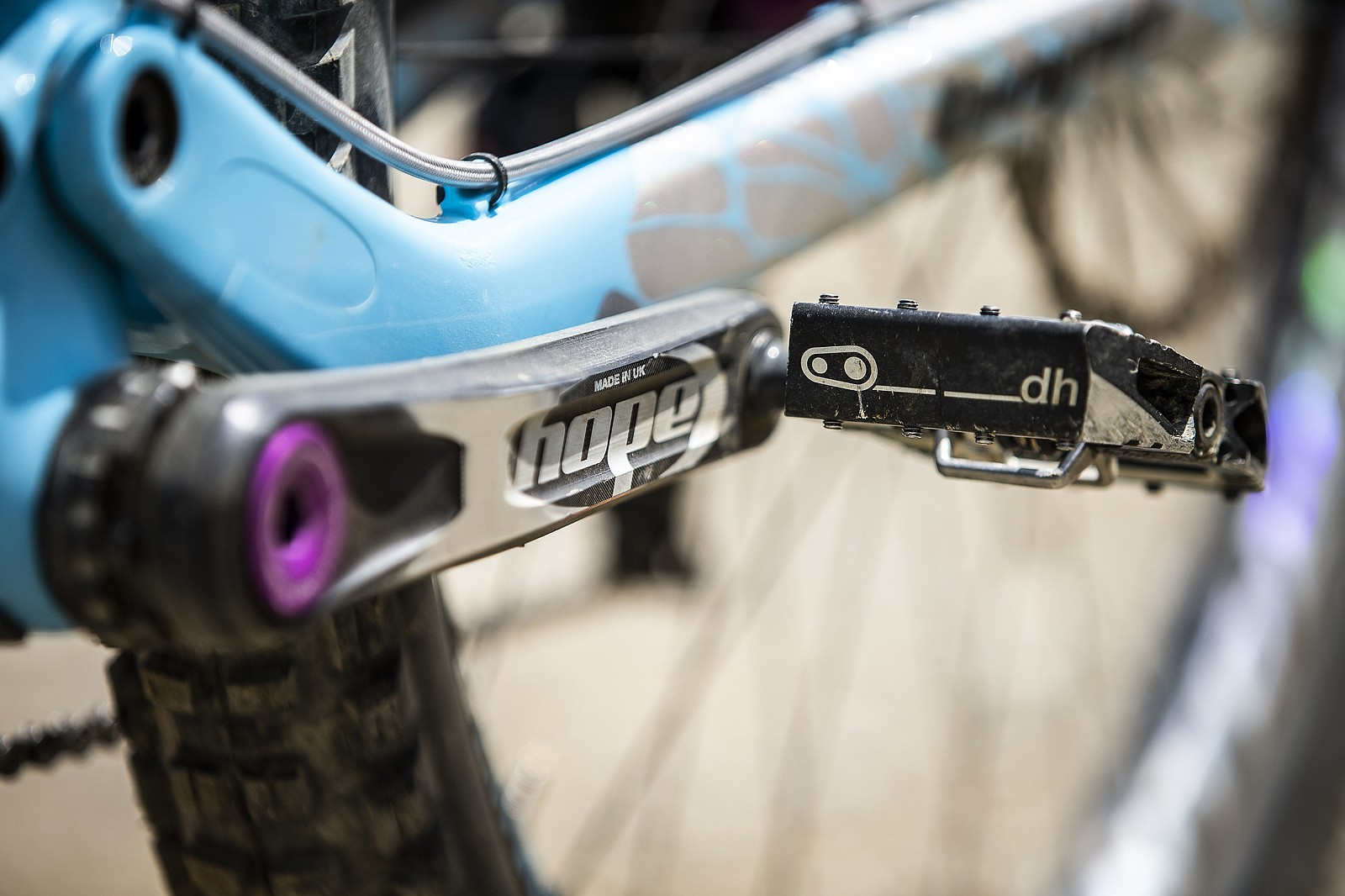 Crank Brothers Mallet DH Pedals - WINNING BIKE - Rachel Atherton's Trek Session - Mountain Biking Pictures - Vital MTB
