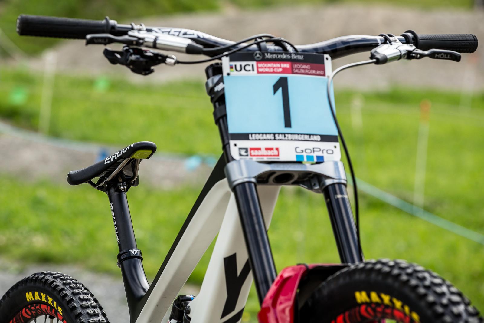 She's Got A Stranglehold on that #1 Plate - WINNING BIKE - Vali Höll's YT TUES - Mountain Biking Pictures - Vital MTB