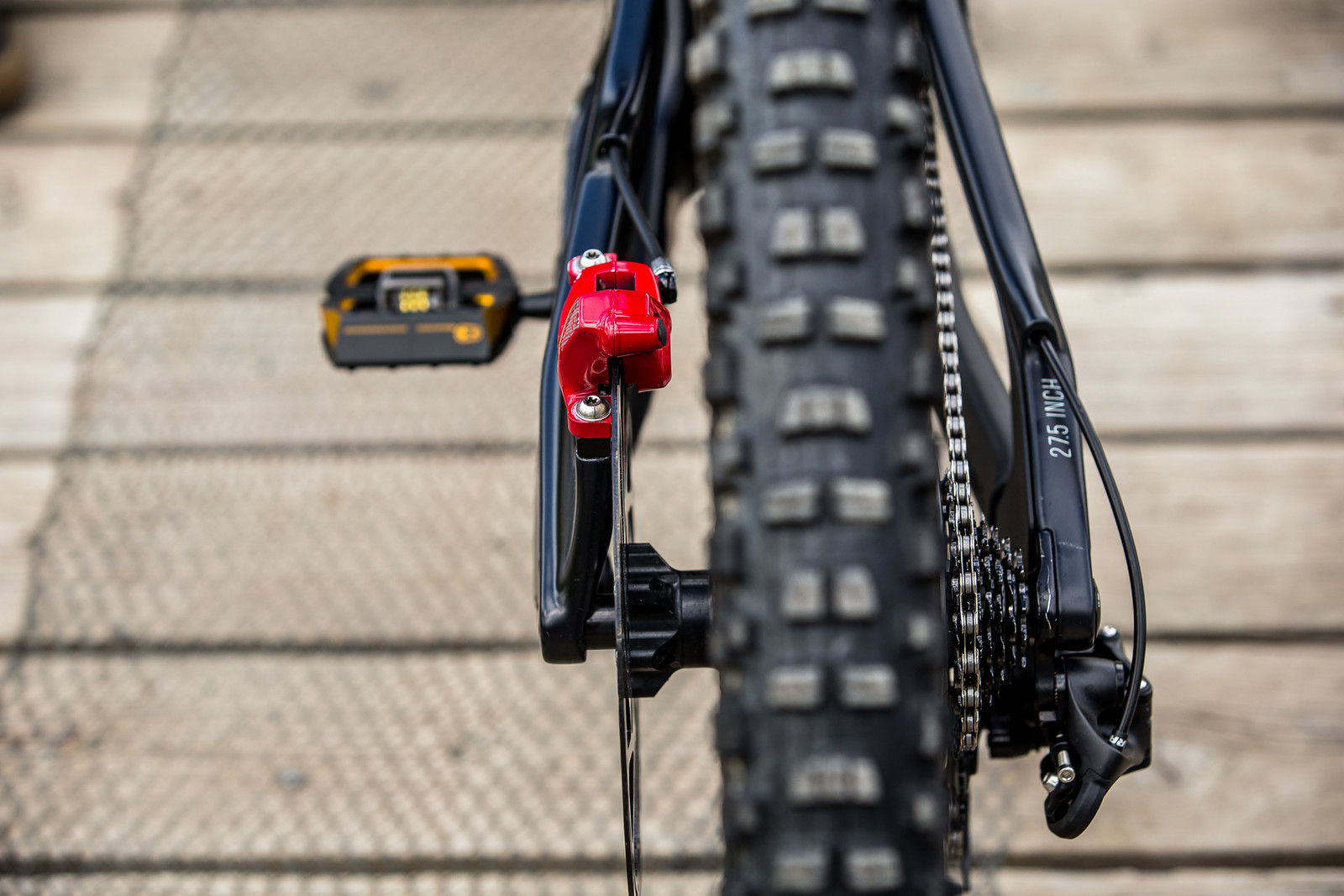 SRAM CODE Brakes - WINNING BIKE - Vali Höll's YT TUES - Mountain Biking Pictures - Vital MTB