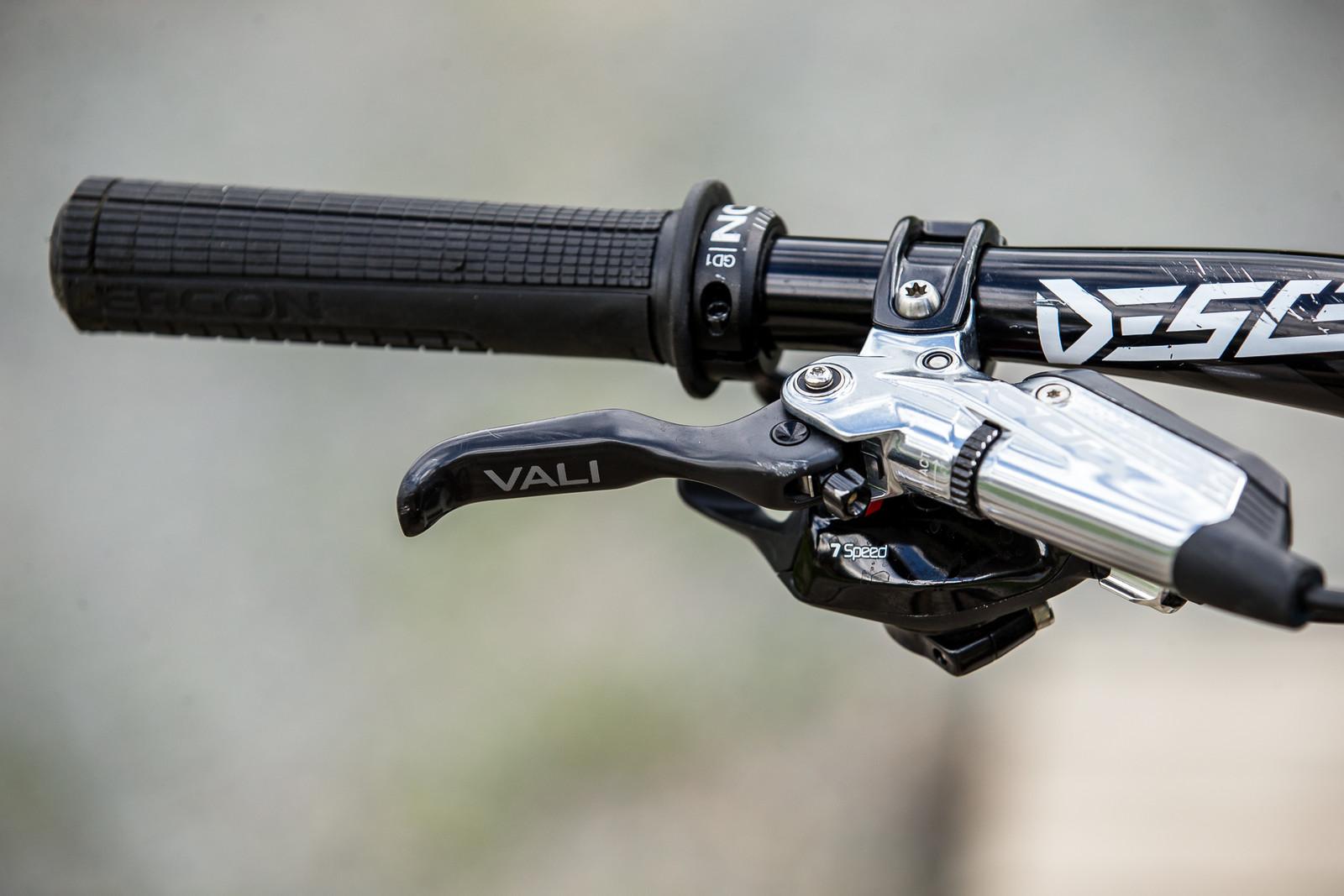 Ergon GD1 Grips, SRAM CODE Brakes - WINNING BIKE - Vali Höll's YT TUES - Mountain Biking Pictures - Vital MTB
