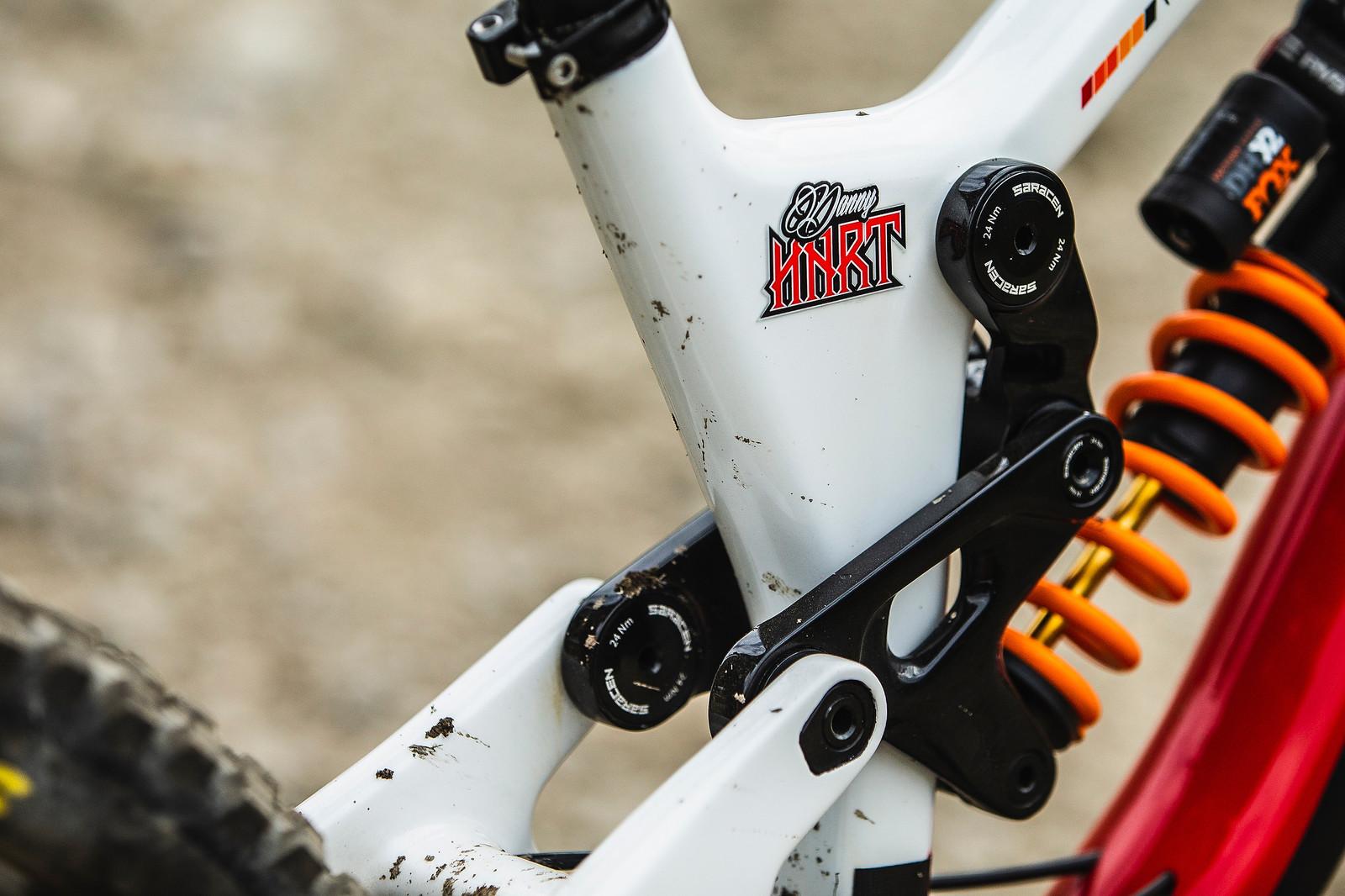 Danny Hart - WINNING BIKE - Danny Hart's Saracen Myst - Mountain Biking Pictures - Vital MTB