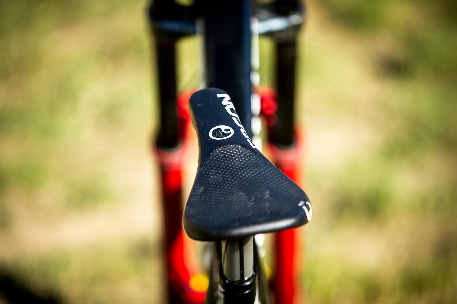 Ergon DH Saddle - WINNING BIKE - Troy Brosnan's Canyon Sender - Mountain Biking Pictures - Vital MTB