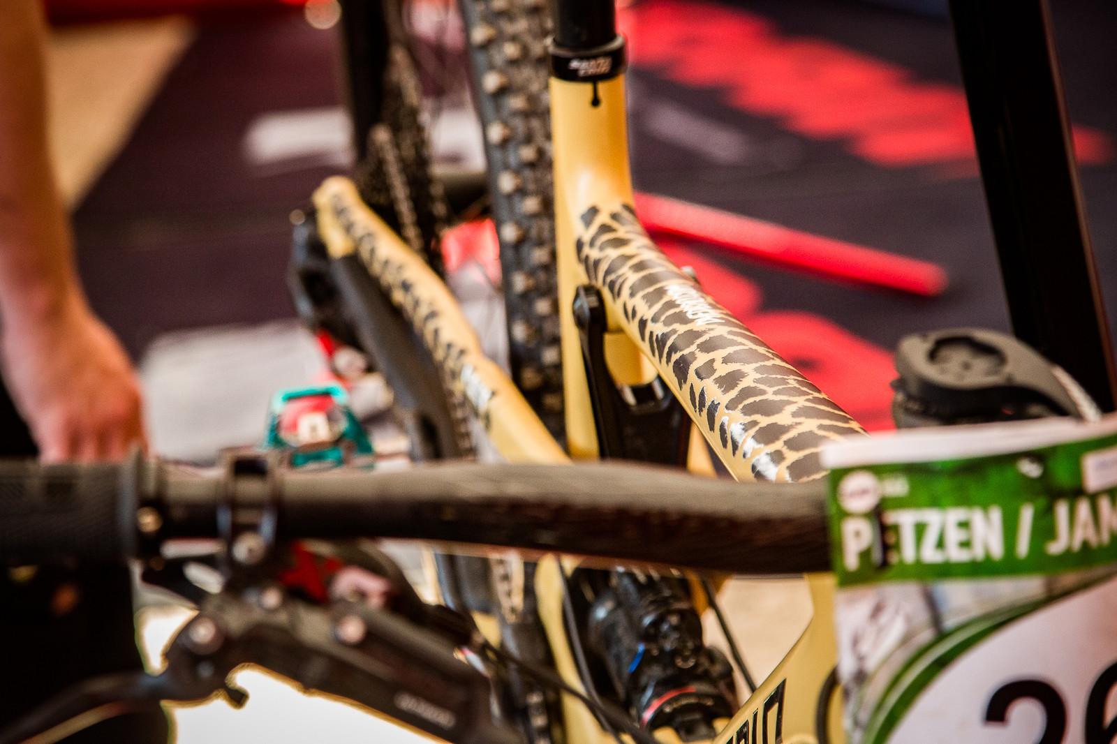 Rawrrr - PIT BITS - Enduro World Series, Petzen - Mountain Biking Pictures - Vital MTB