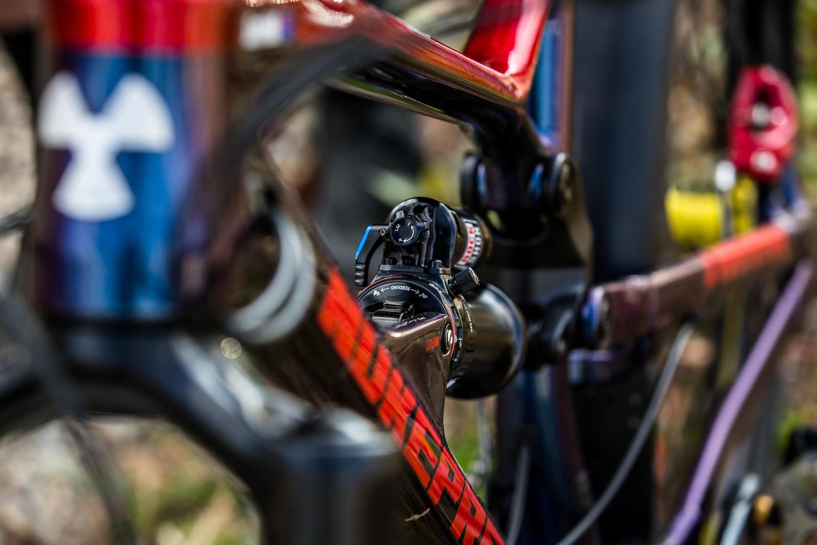 RockShox SuperDeluxe - WINNING BIKE - Sam Hill's Nukeproof Mega 275 - Mountain Biking Pictures - Vital MTB