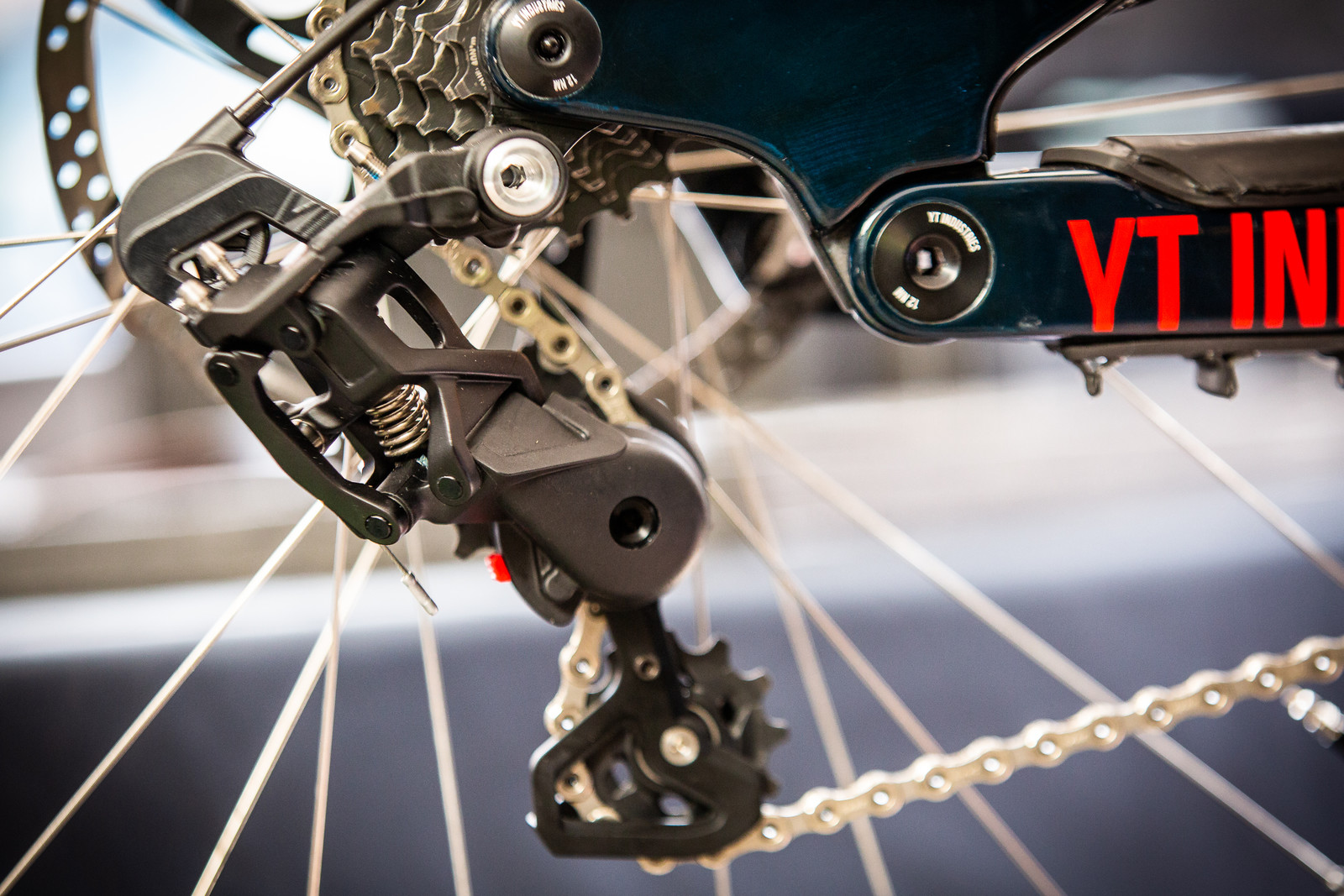 PIT BITS - Aaron Gwin's Mystery Rear Derailleur - PIT BITS - Val di Sole World Cup Downhill - Mountain Biking Pictures - Vital MTB
