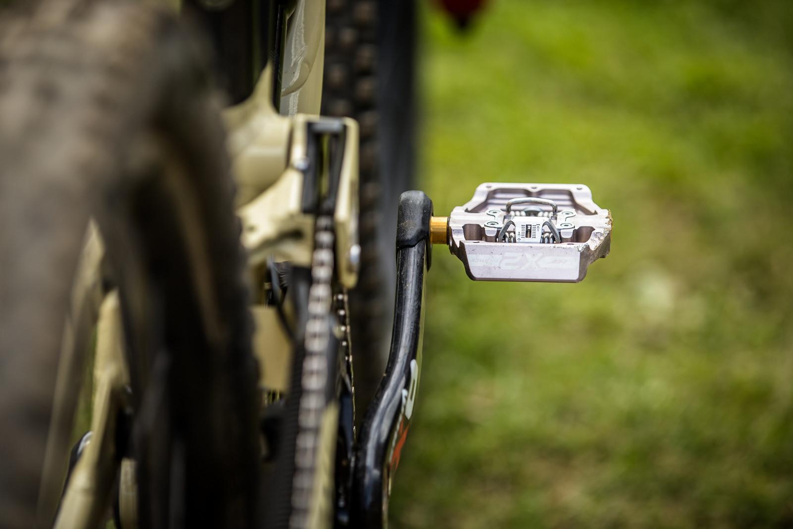 More HT X2 Domination - WINNING BIKE - Amaury Pierron's Commencal Supreme DH 29 - Mountain Biking Pictures - Vital MTB