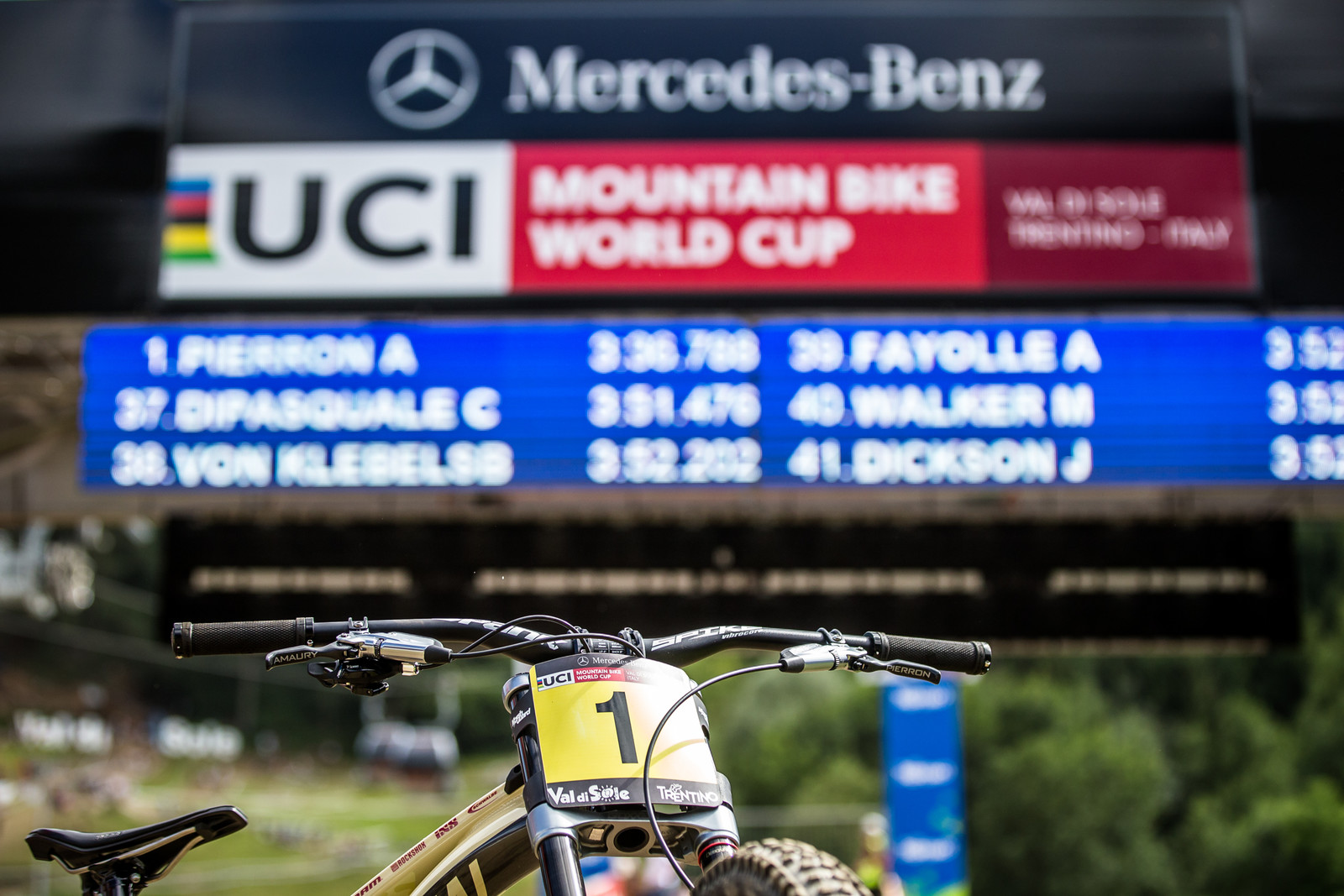 Caught You Hiding! - WINNING BIKE - Amaury Pierron's Commencal Supreme DH 29 - Mountain Biking Pictures - Vital MTB