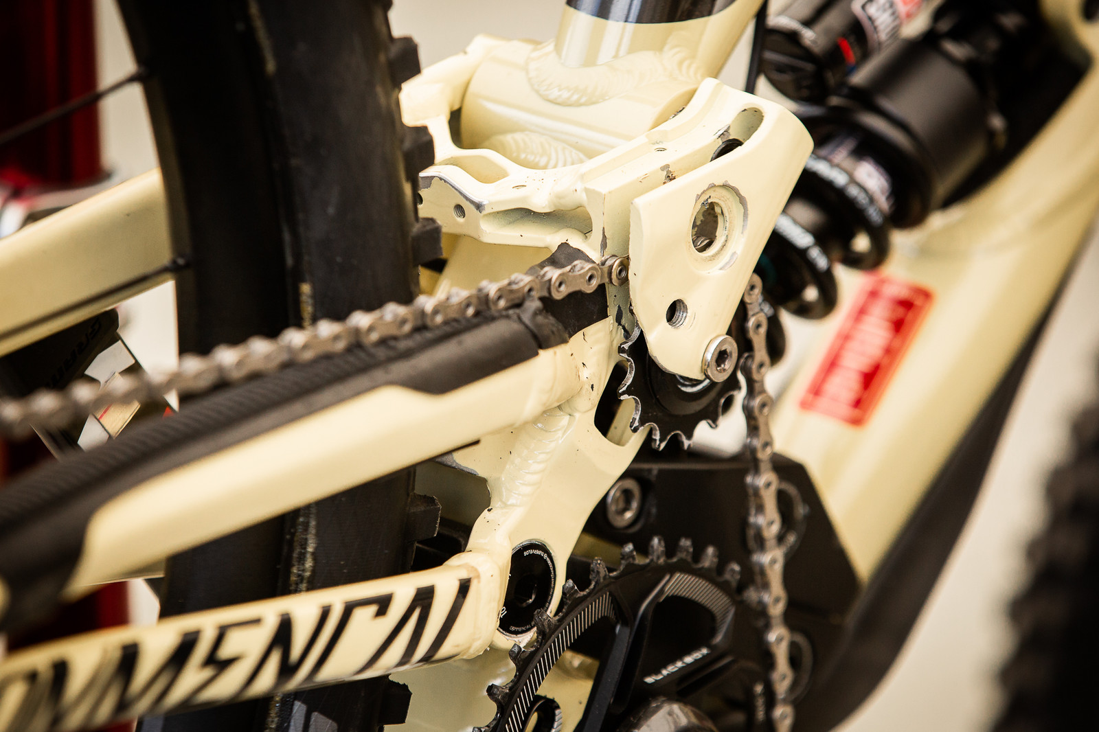 Amaury's Pulley Placement - PIT BITS - Andorra World Cup Downhill - Mountain Biking Pictures - Vital MTB