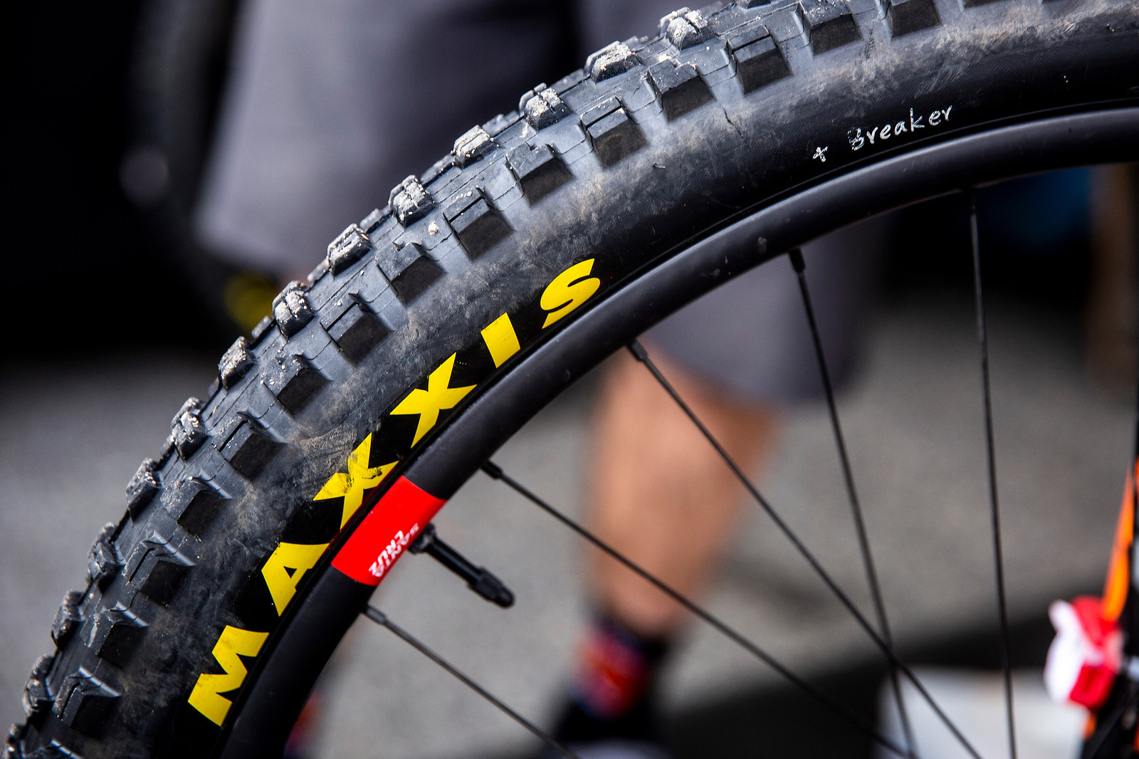 Syndicate on Prototype Maxxis Tires - PIT BITS - Andorra World Cup Downhill - Mountain Biking Pictures - Vital MTB