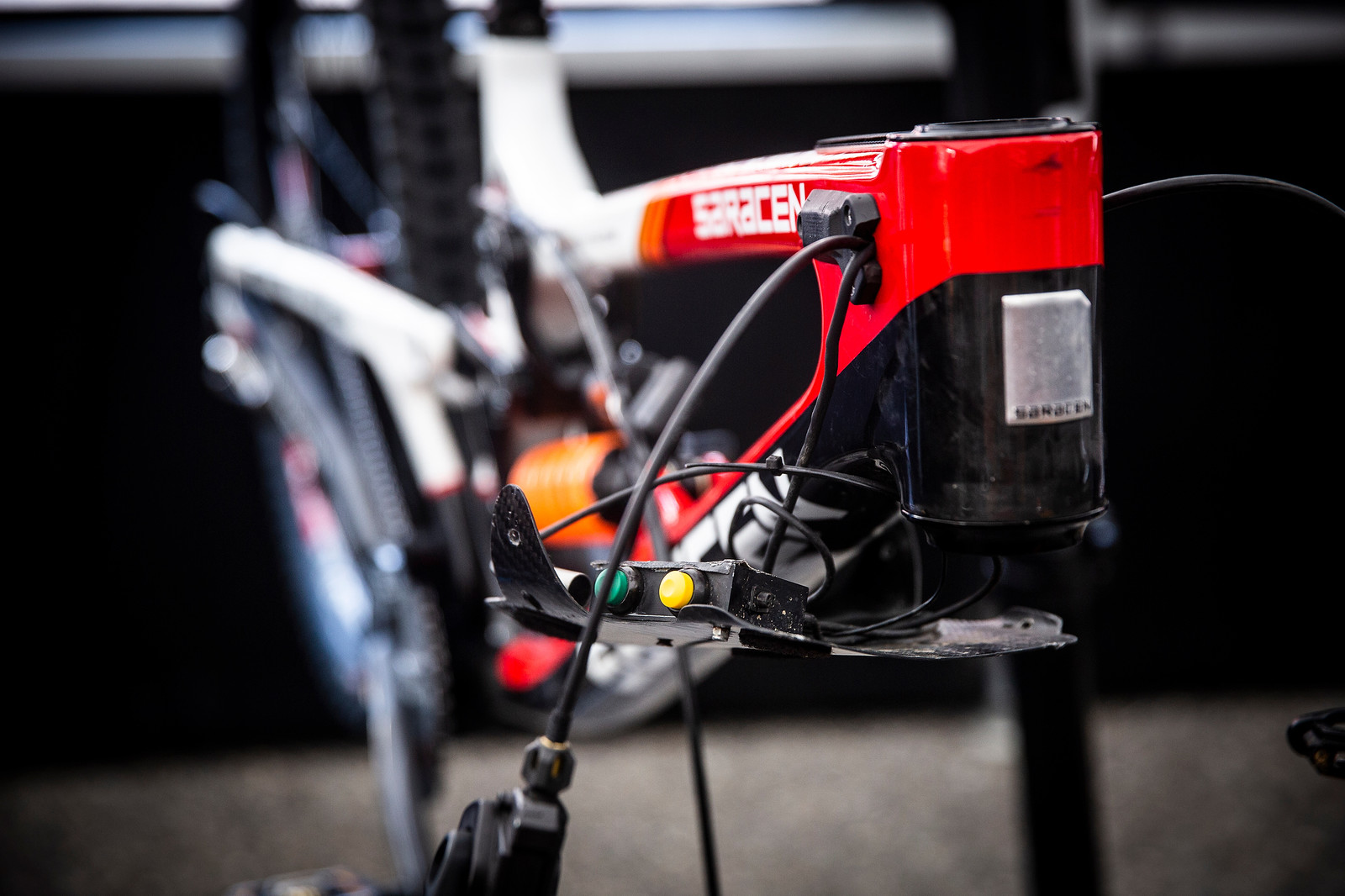 Switches - PIT BITS - Andorra World Cup Downhill - Mountain Biking Pictures - Vital MTB
