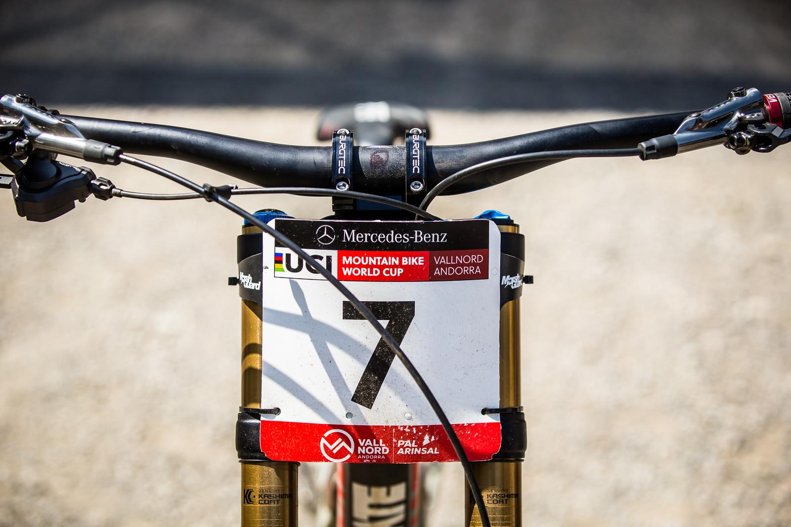 Burgtec Cockpit (Sort of) - WINNING BIKE - Loris Vergier's Santa Cruz V10cc 29 - Mountain Biking Pictures - Vital MTB