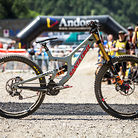 WINNING BIKE - Loris Vergier's Santa Cruz V10cc 29