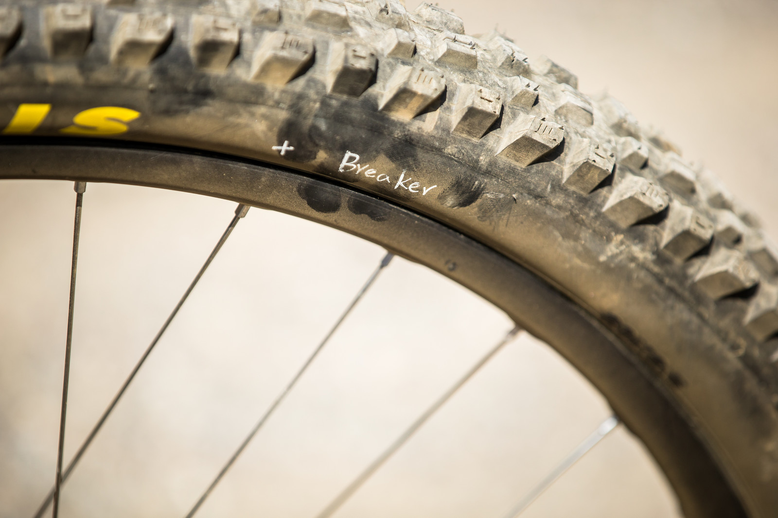 Maxxis Assegai Front Tire with Breaker Construction - WINNING BIKE - Loris Vergier's Santa Cruz V10cc 29 - Mountain Biking Pictures - Vital MTB