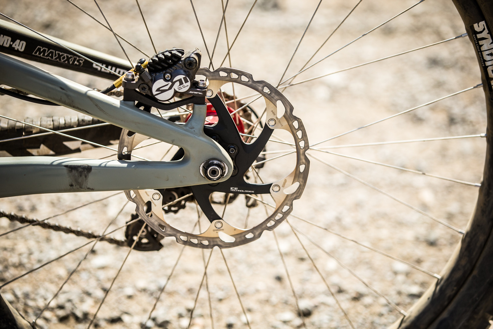 Shimano Saint Brakes and Subtle Chainstay Length Options - WINNING BIKE - Loris Vergier's Santa Cruz V10cc 29 - Mountain Biking Pictures - Vital MTB
