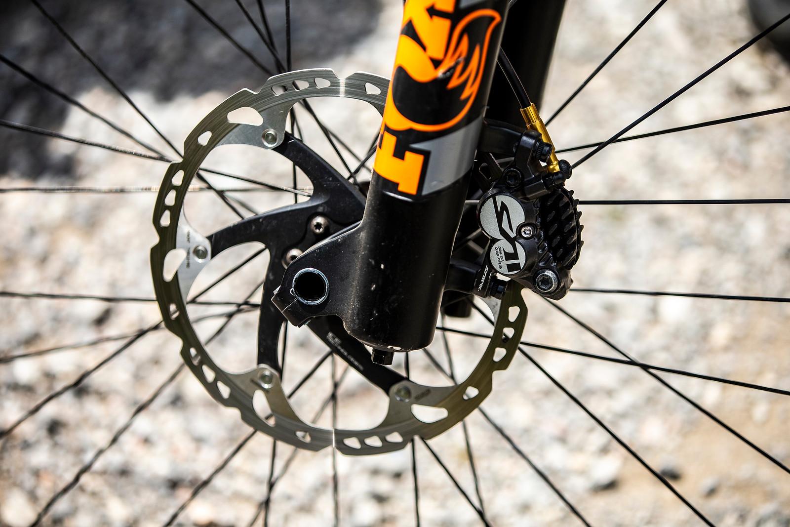 Shimano Saint Brakes, FOX 40 - WINNING BIKE - Tahnee Seagrave's Transition TR11 - Mountain Biking Pictures - Vital MTB