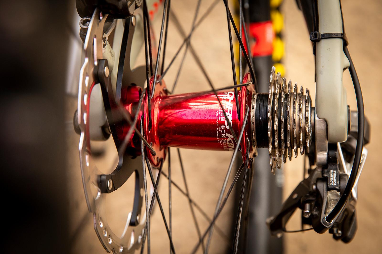 Small Block Motor - PIT BITS - La Bresse World Cup Downhill - Mountain Biking Pictures - Vital MTB
