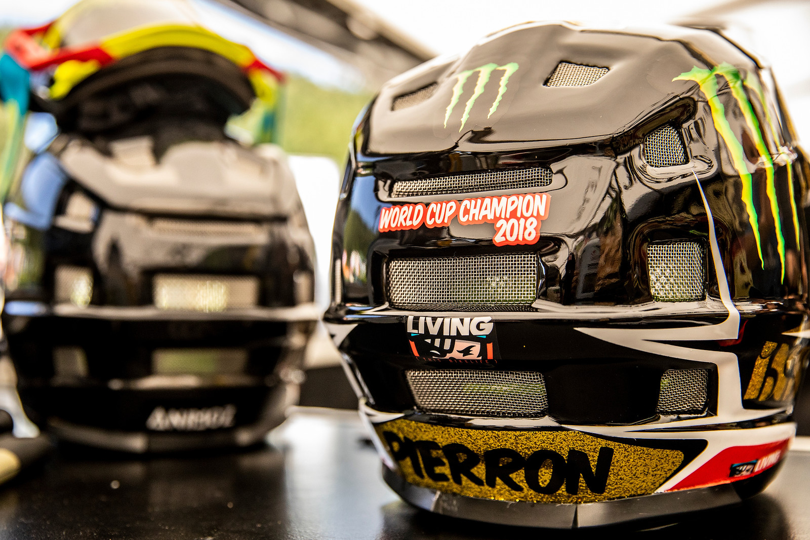Amaury's New Helmet (and Sponsor!) - PIT BITS - La Bresse World Cup Downhill - Mountain Biking Pictures - Vital MTB