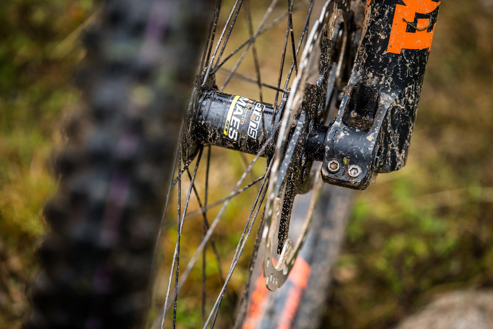 Stan's Flow Wheels - WINNING BIKE - Martin Maes' GT Fury - Mountain Biking Pictures - Vital MTB