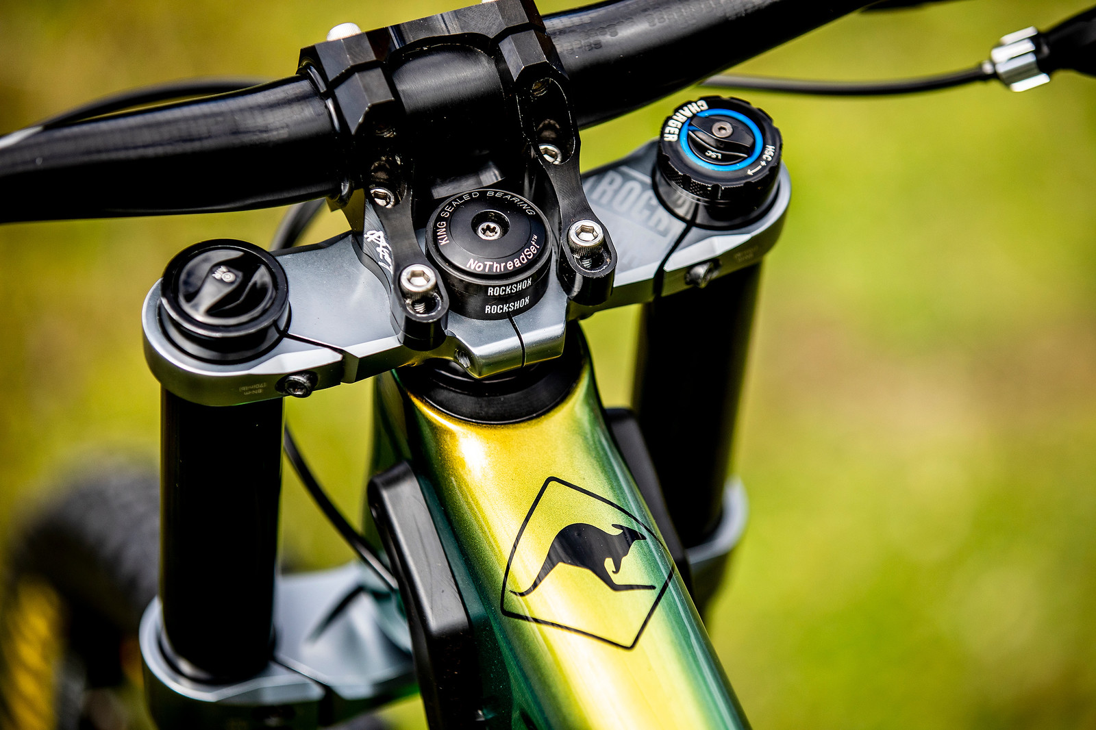 Cockpit - WORLD CHAMPS BIKE - Connor Fearon's Kona Operator - Mountain Biking Pictures - Vital MTB