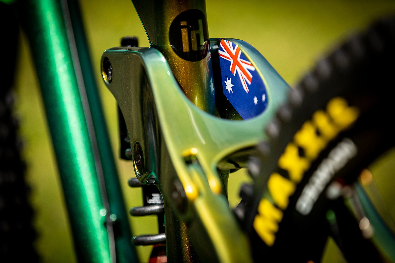 The Details - WORLD CHAMPS BIKE - Connor Fearon's Kona Operator - Mountain Biking Pictures - Vital MTB