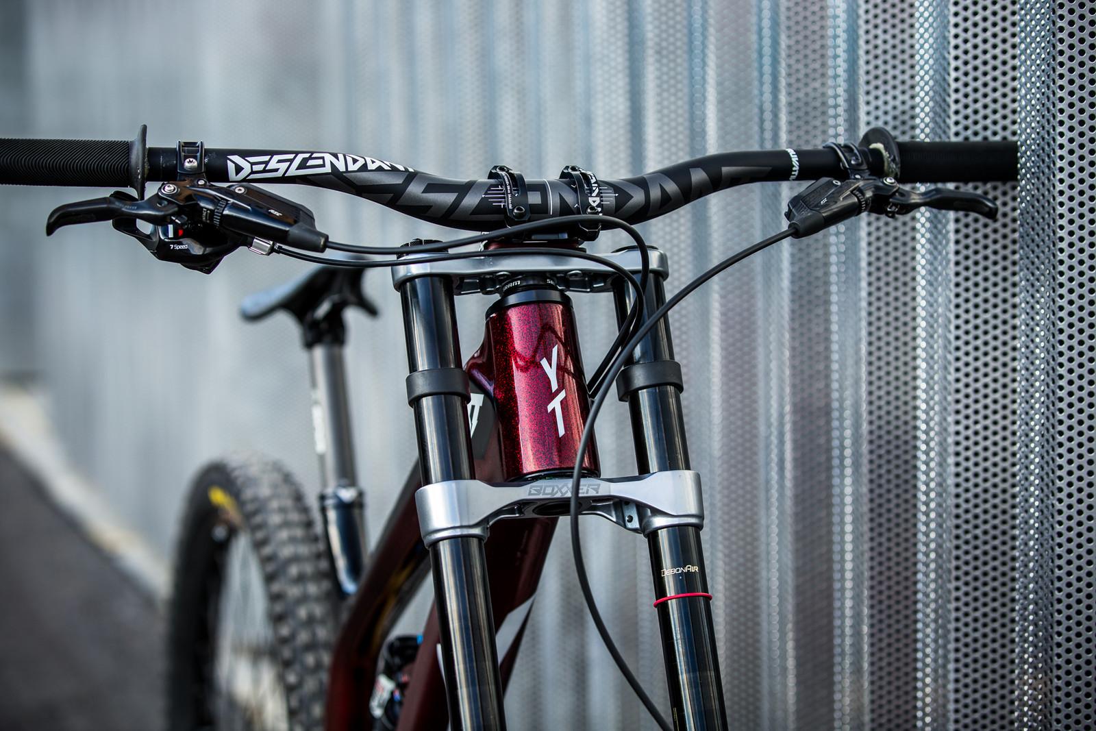 Sparkle - WORLD CHAMPS BIKES - Erik Irmisch's YT TUES - Mountain Biking Pictures - Vital MTB