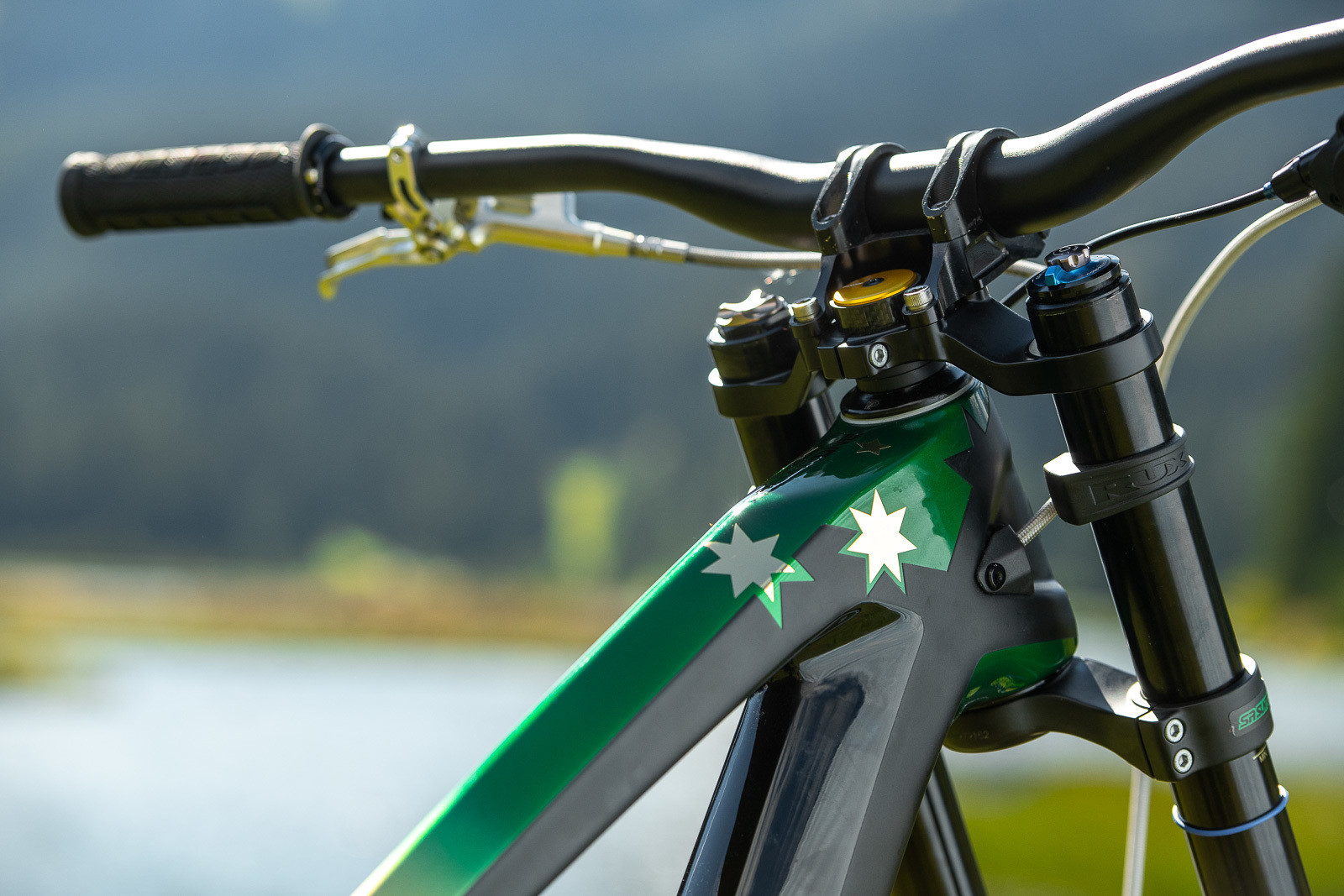 Looking Fresh - WORLD CHAMPS BIKES - Mick & Tracey Hannah's Polygons - Mountain Biking Pictures - Vital MTB