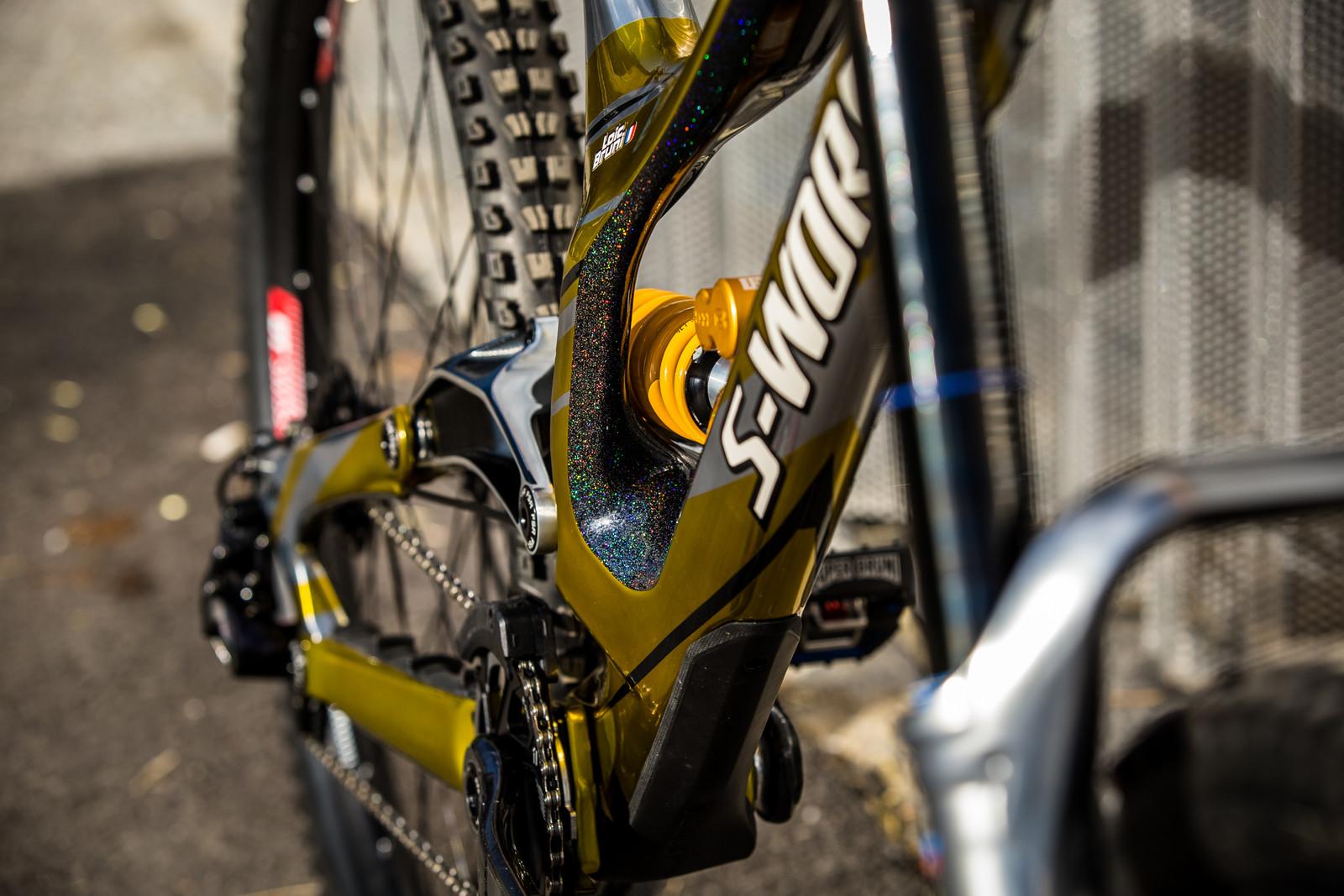 Sparkle Bonus - WORLD CHAMPS BIKE - Loic Bruni's Specialized Demo - Mountain Biking Pictures - Vital MTB
