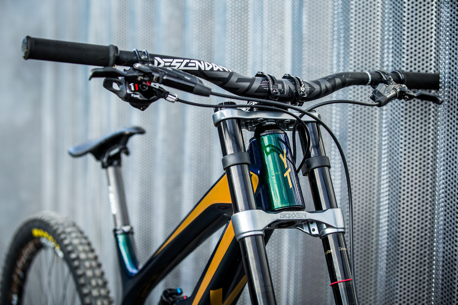 Cockpit - WORLD CHAMPS BIKE - Johann Potgieter's YT TUES - Mountain Biking Pictures - Vital MTB