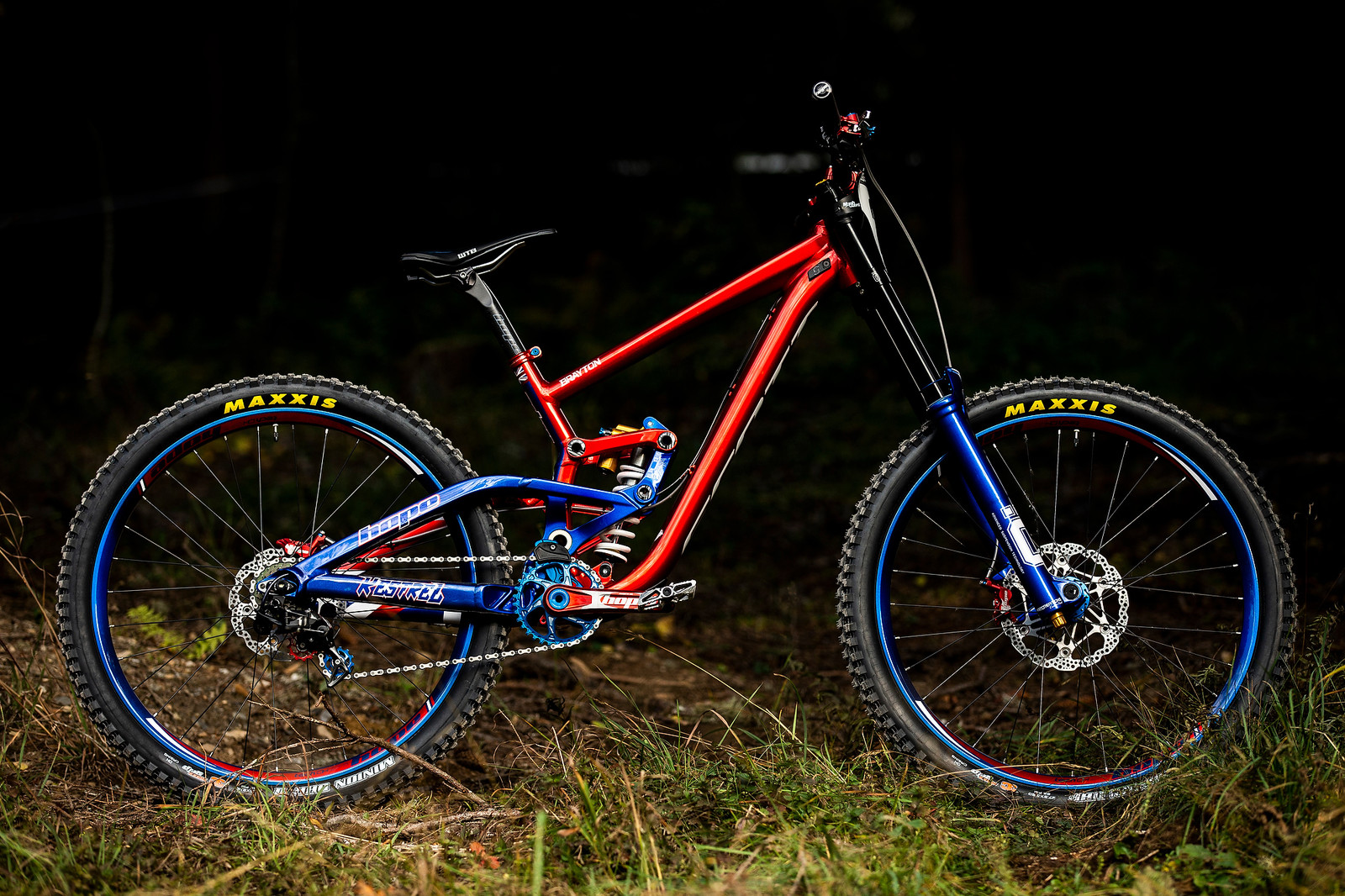 Adam Brayton's Hoped Out Scott Gambler World Champs Bike - WORLD CHAMPS BIKE - Adam Brayton's Scott Gambler - Mountain Biking Pictures - Vital MTB