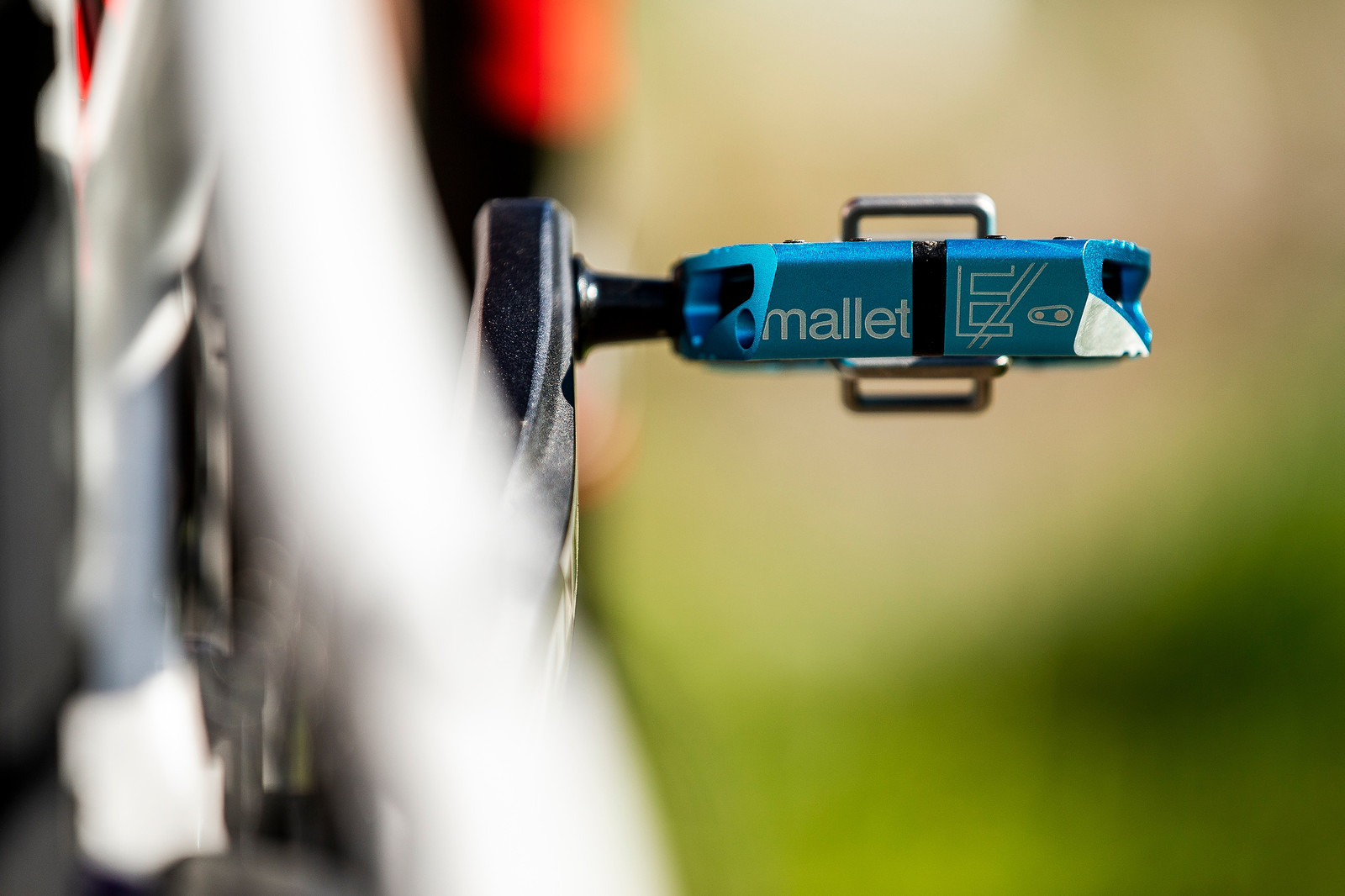 Crankbrothers Mallets - WORLD CHAMPS BIKE - Danny Hart's Saracen Myst - Mountain Biking Pictures - Vital MTB