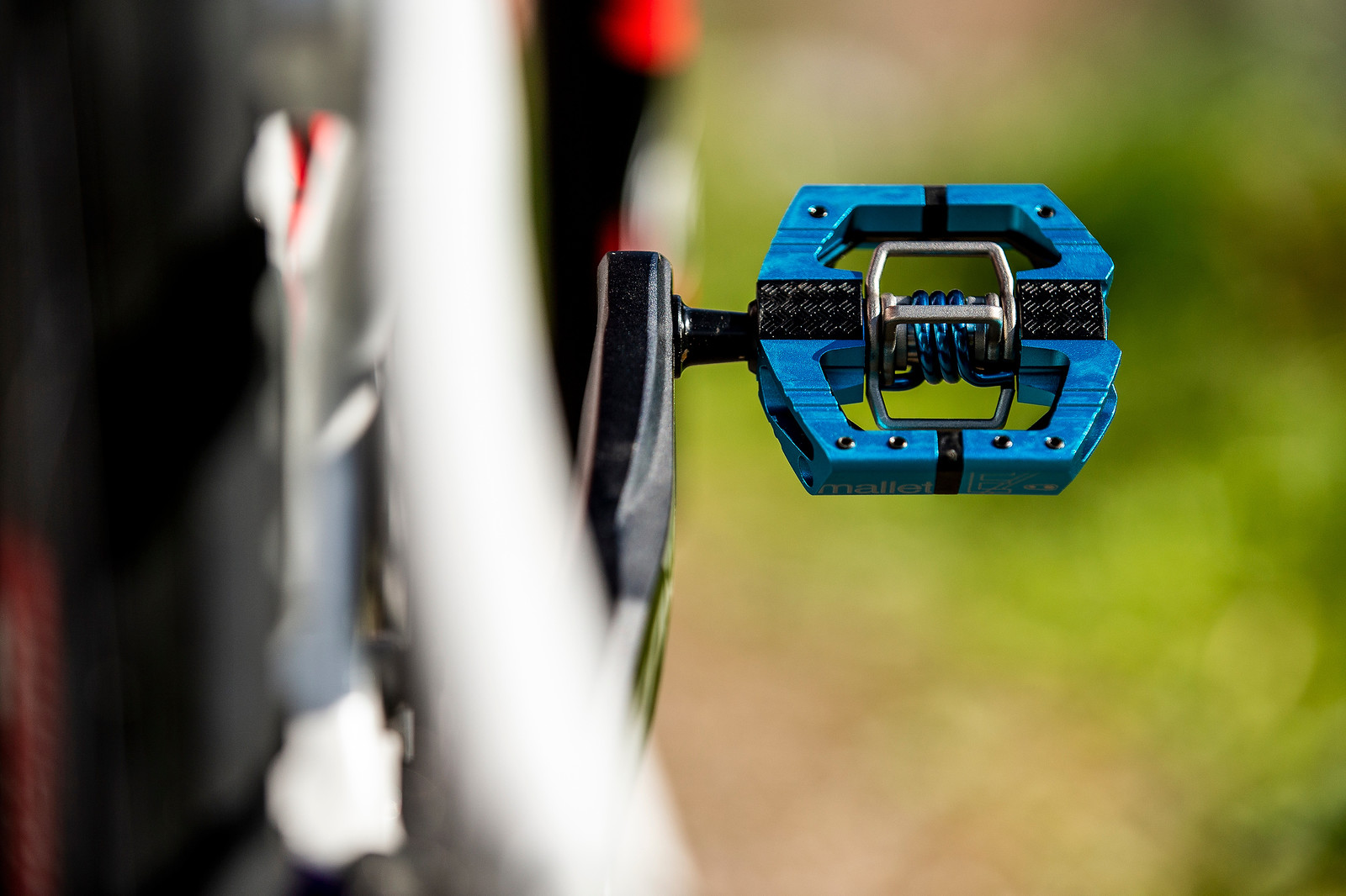 Crankbrothers Mallets - WORLD CHAMPS BIKE - Danny Hart's Saracen Myst - Mountain Biking Pictures - Vital MTB