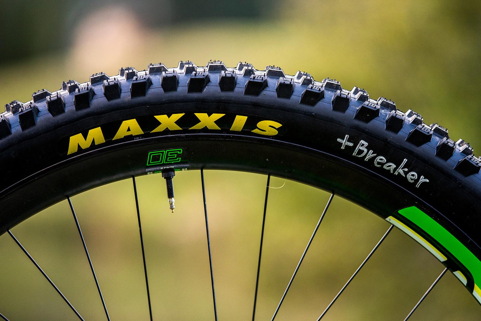 ENVE and Maxxis - WORLD CHAMPS BIKE - Dean Lucas' Intense M29 - Mountain Biking Pictures - Vital MTB