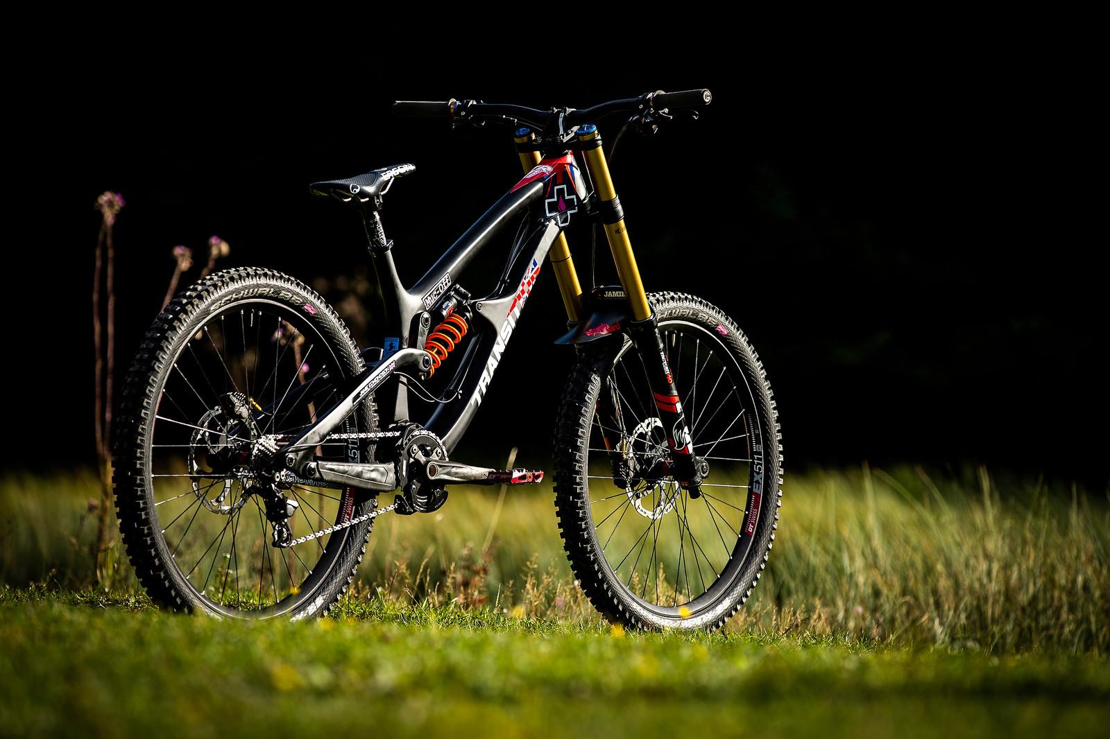 Jamie Edmondson's Transition TR11 World Champs Bike - WORLD CHAMPS BIKE - Jamie Edmondson's Transition TR11 - Mountain Biking Pictures - Vital MTB