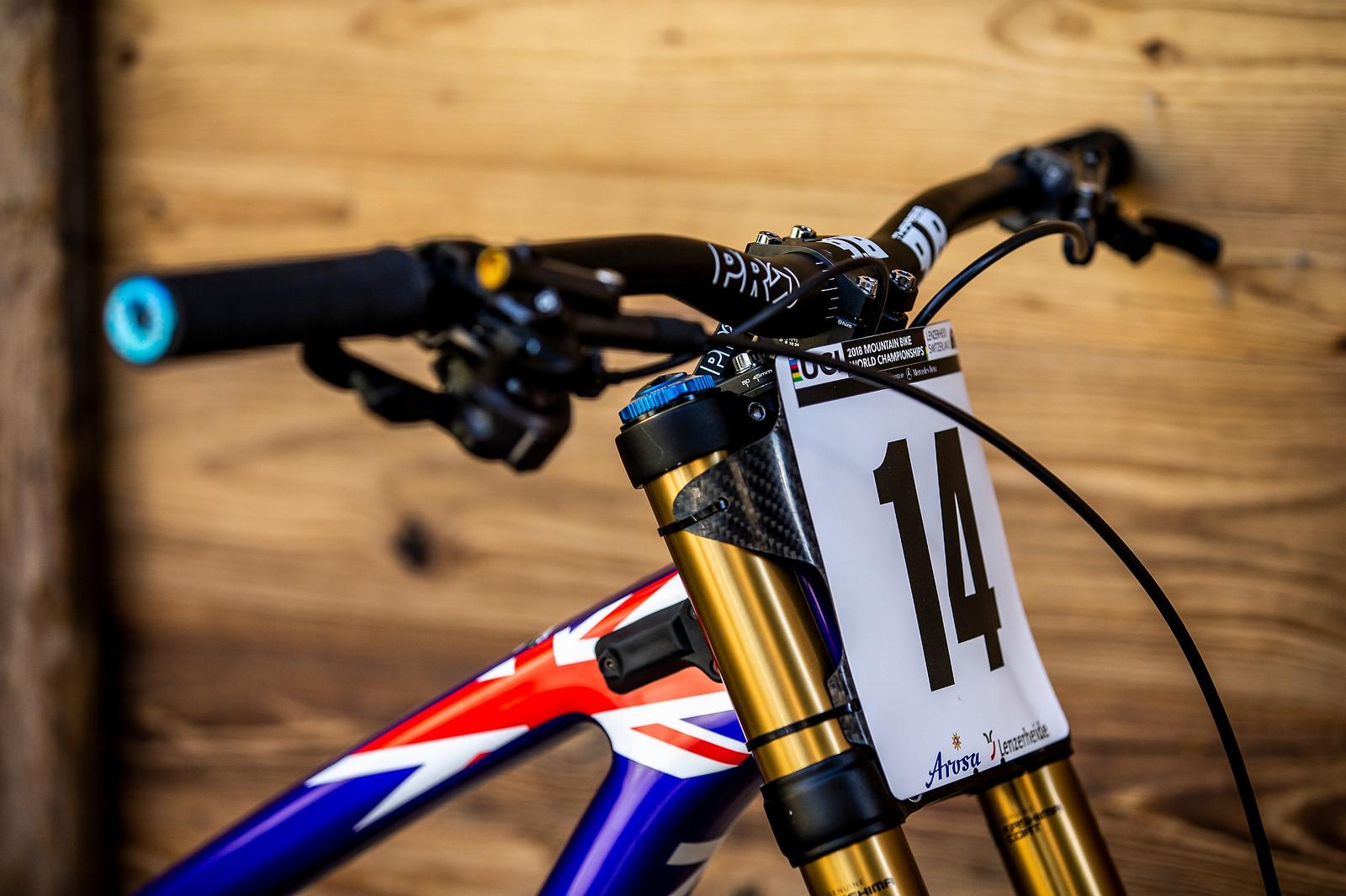Pro Cockpit - WORLD CHAMPS BIKE - Matt Walker's Saracen Myst - Mountain Biking Pictures - Vital MTB