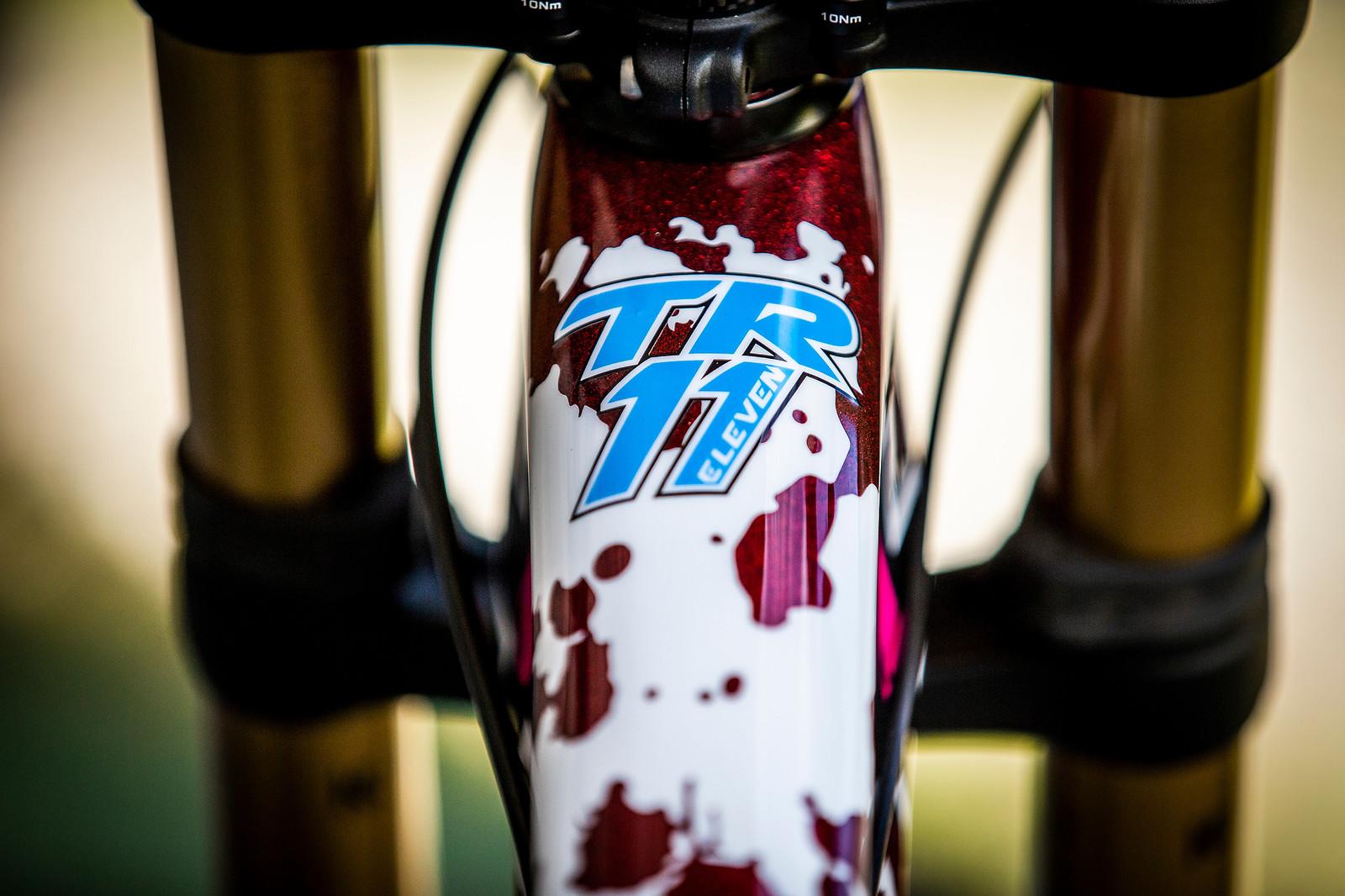 Splat! - WORLD CHAMPS BIKE - Tahnee Seagrave's Transition TR11 - Mountain Biking Pictures - Vital MTB