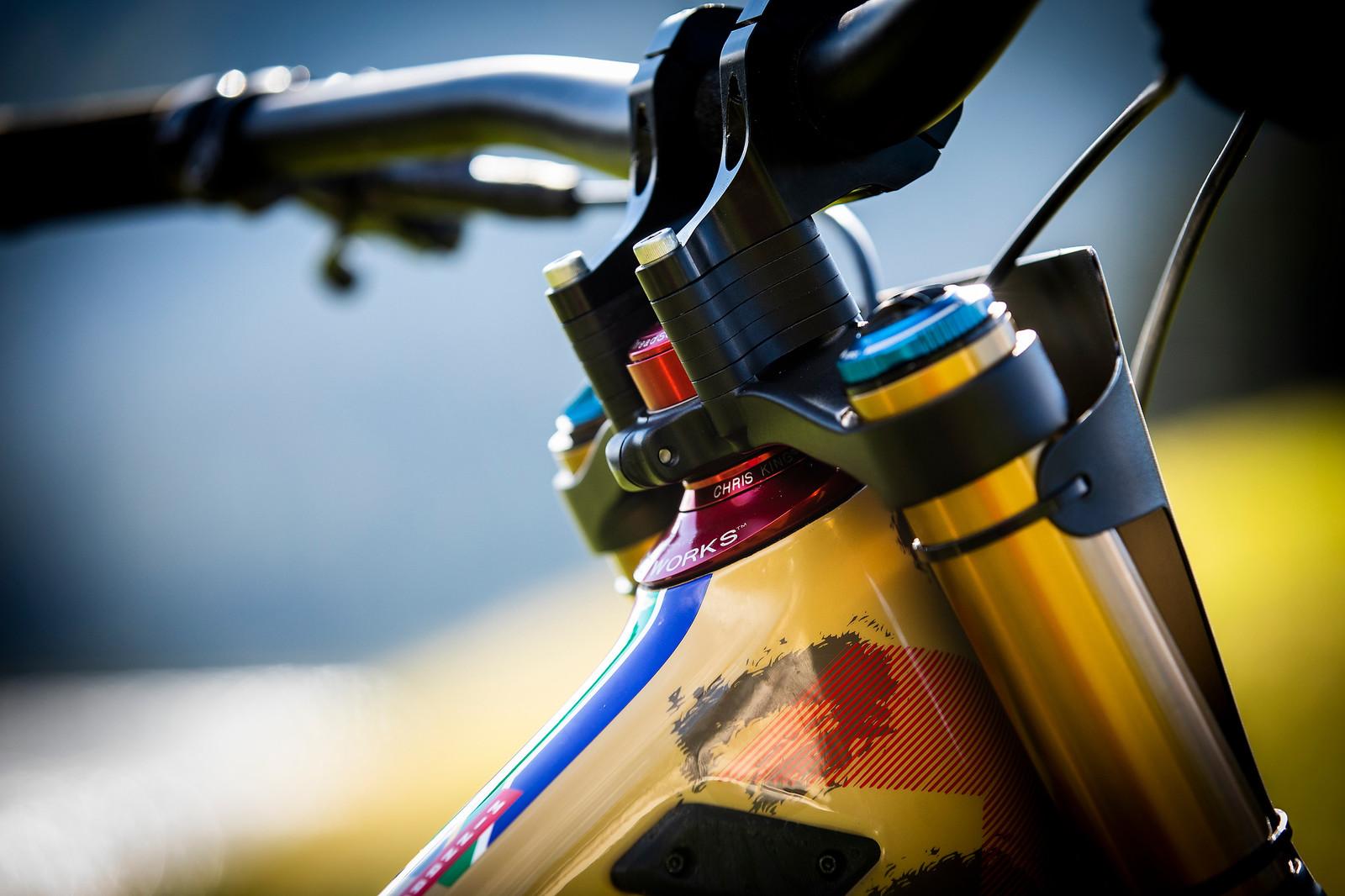 Got Stack? - WORLD CHAMPS BIKE - Greg Minnaar's Santa Cruz V10 - Mountain Biking Pictures - Vital MTB